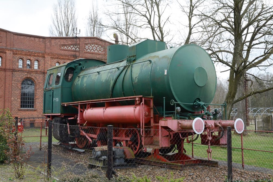 """Dampfspeicherlok auf dem Gelände der Brikettfabrik """"Louise"""",Foto: D.Horn"""