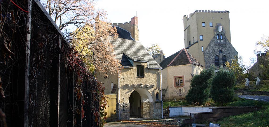 Wirkt mittelalterlich: die Roseburg bei Ballenstedt, Foto: D.Weirauch