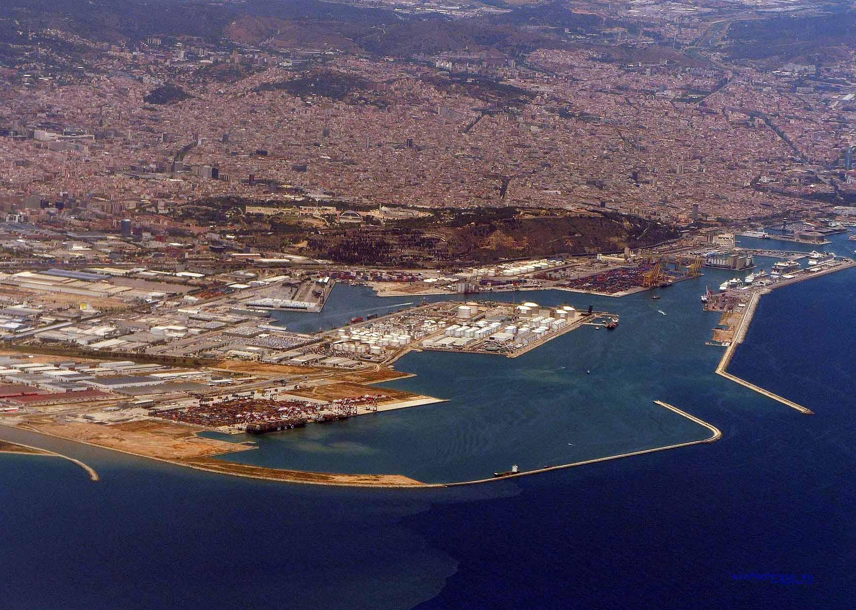Anflug mit Vueling auf Barcelona