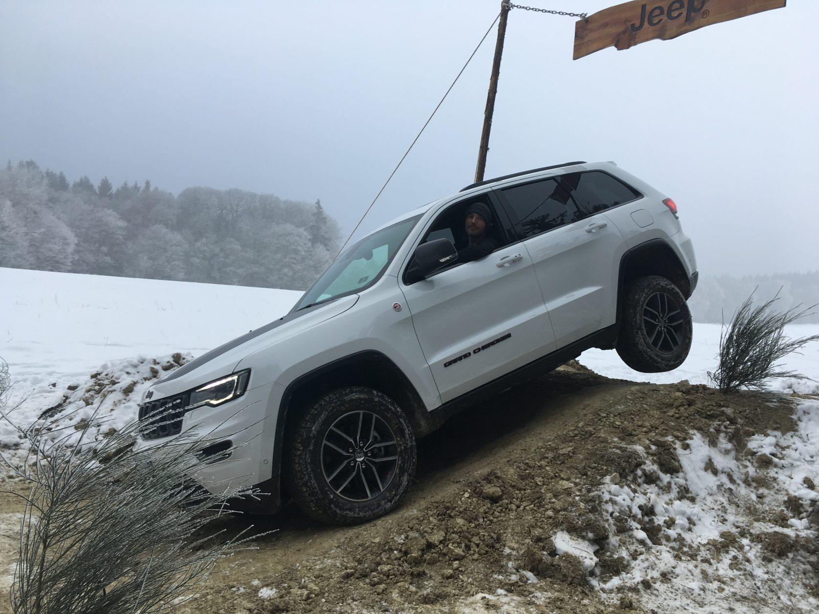 Sportlich ambitioniert steuert Christian den Wagen im Taunus, auf 500 Meter Höhe, Foto: D.Weirauch