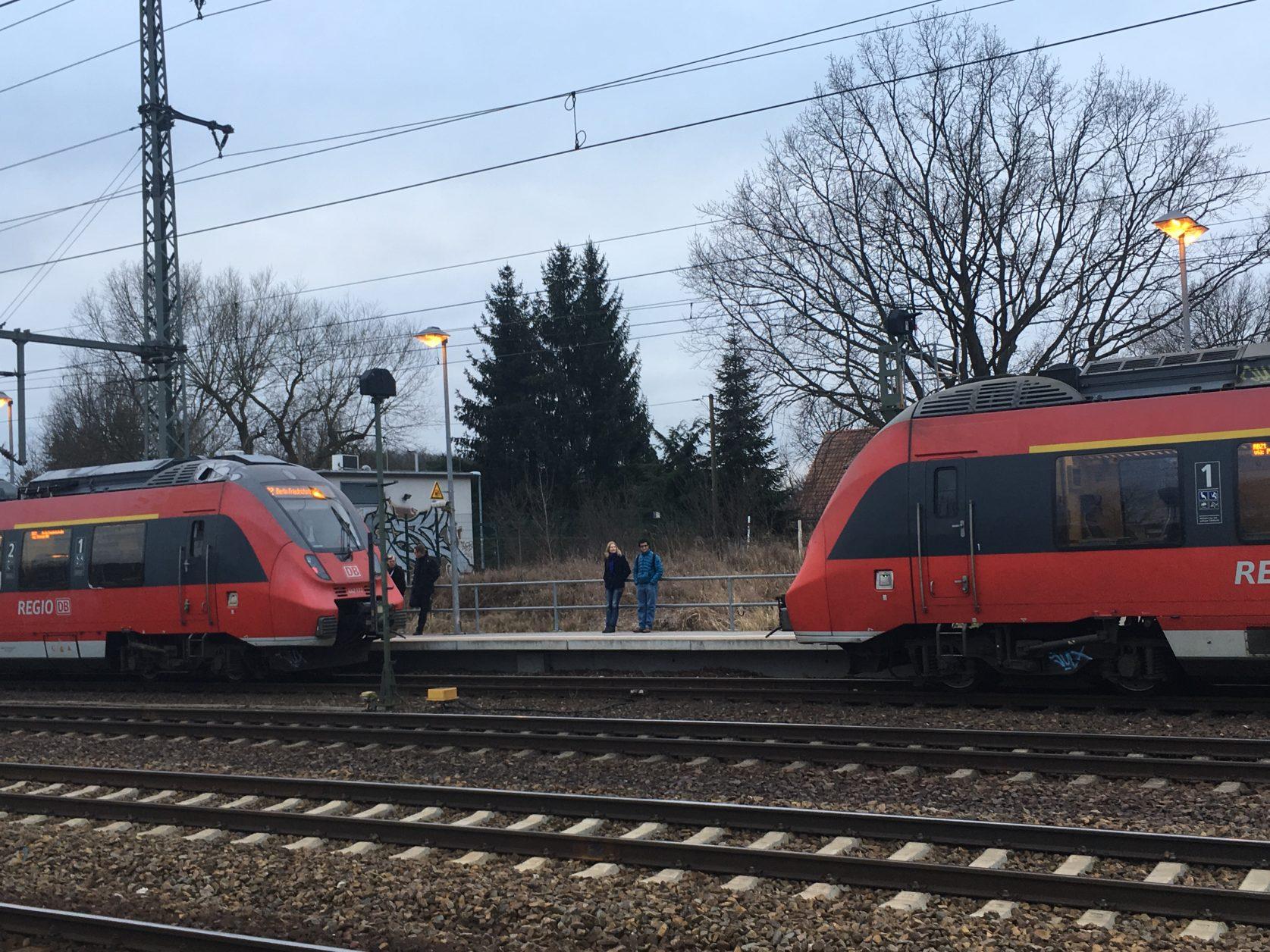 RB 21 beim Koppeln auf dem Bahnhof Potsdam - Golm, Foto: D.Weirauch