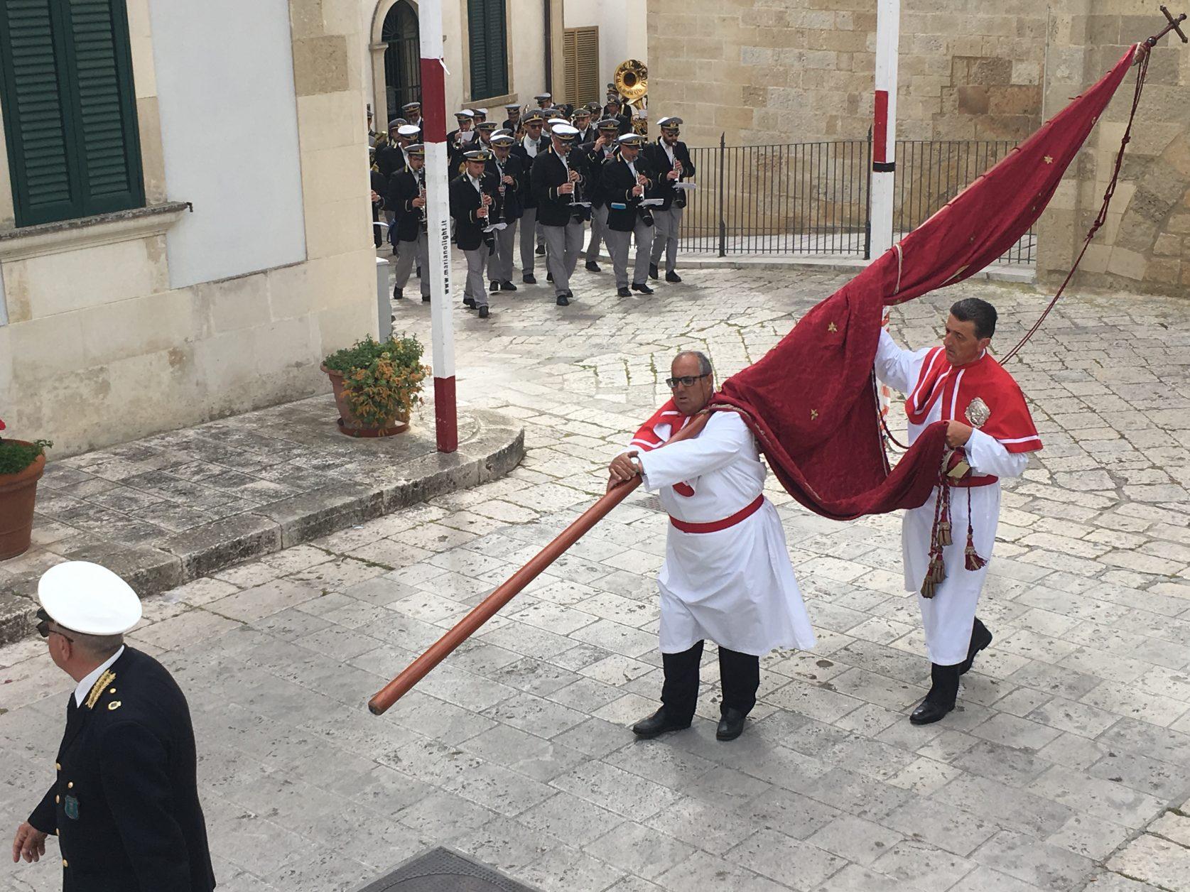 Prozession Ende April zum Patronatsfest für die Jungfrau Maria. Foto: D.Weirauch