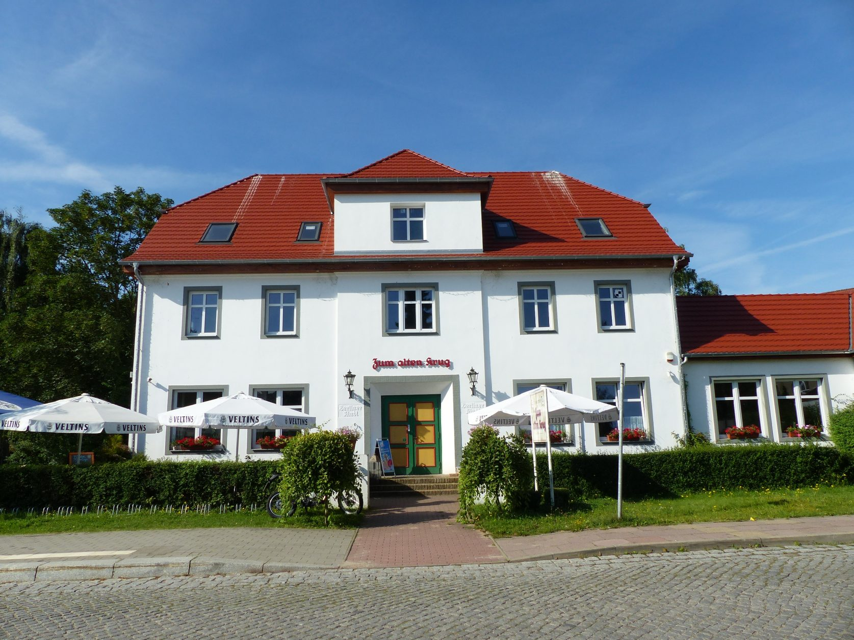 """Landgasthof """"Zum Alten Krug"""" im Potsdamer Ortsteil Marquardt, Foto: Weirauch"""