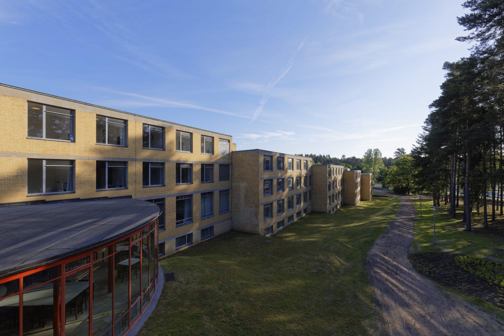 Bauhaus Denkmal Bundesschule Bernau: Blick auf das Internatsgebäude, Foto: Eberle & Eisfeld