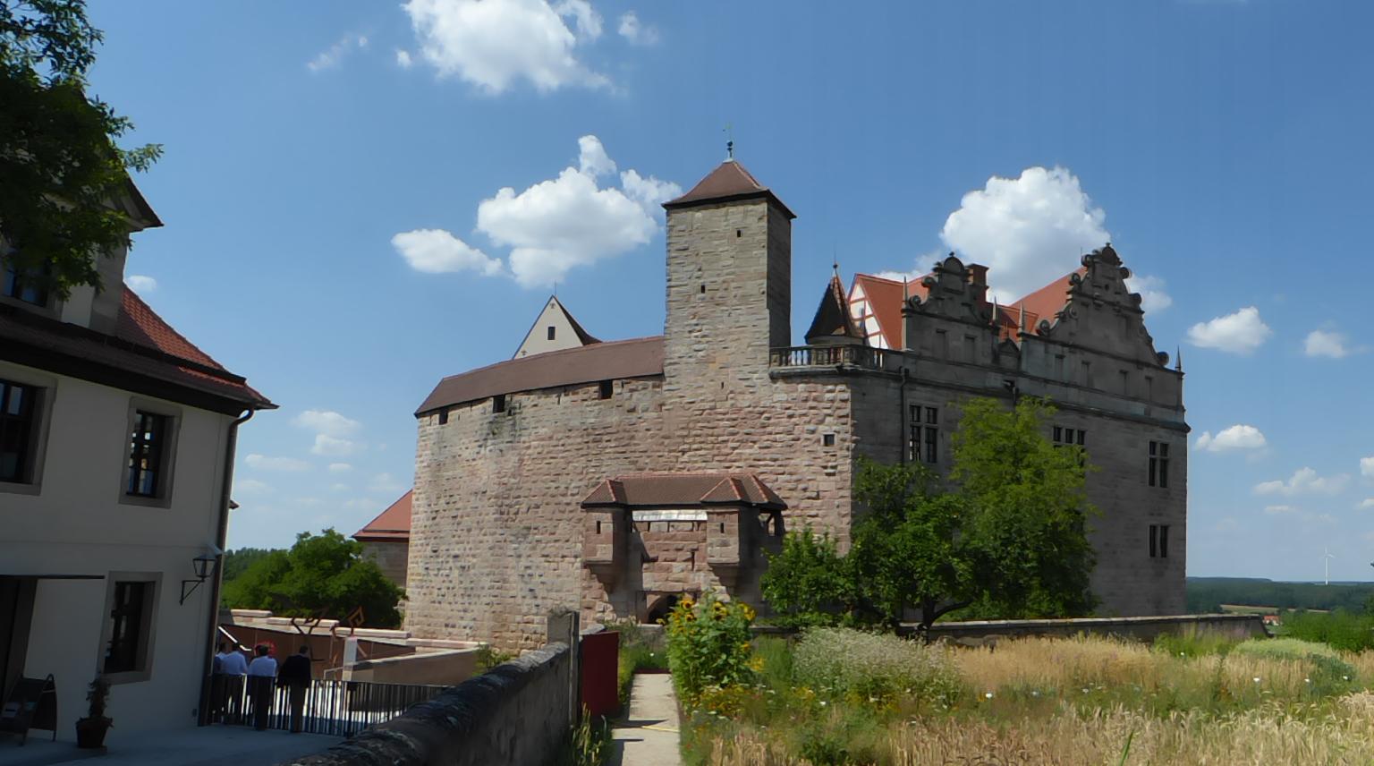Blick auf die Cadolzburg, Foto: D.Weirauch