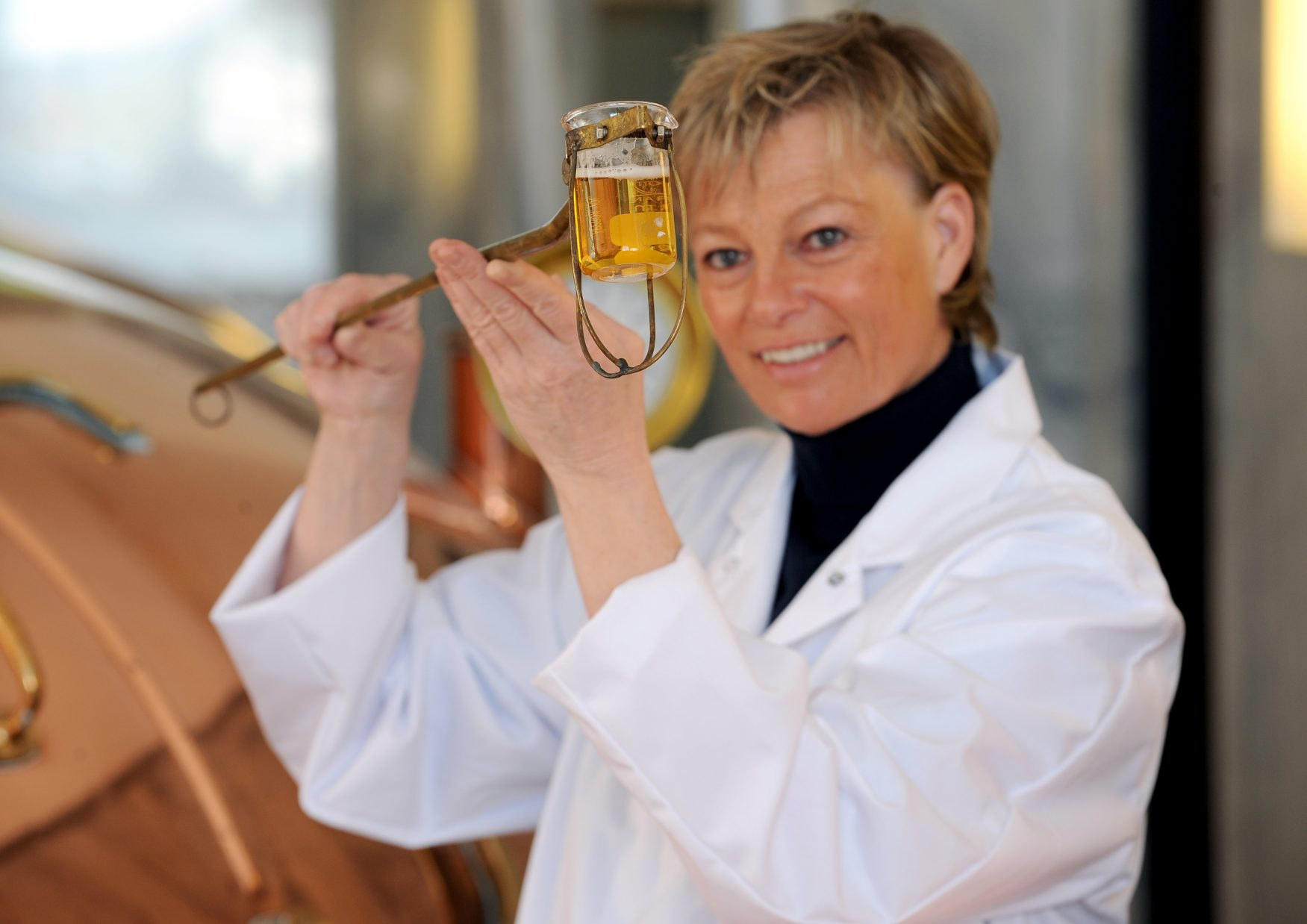 Braumeisterin Friederike Strate im Sudhaus, Foto: Brauerei Strate
