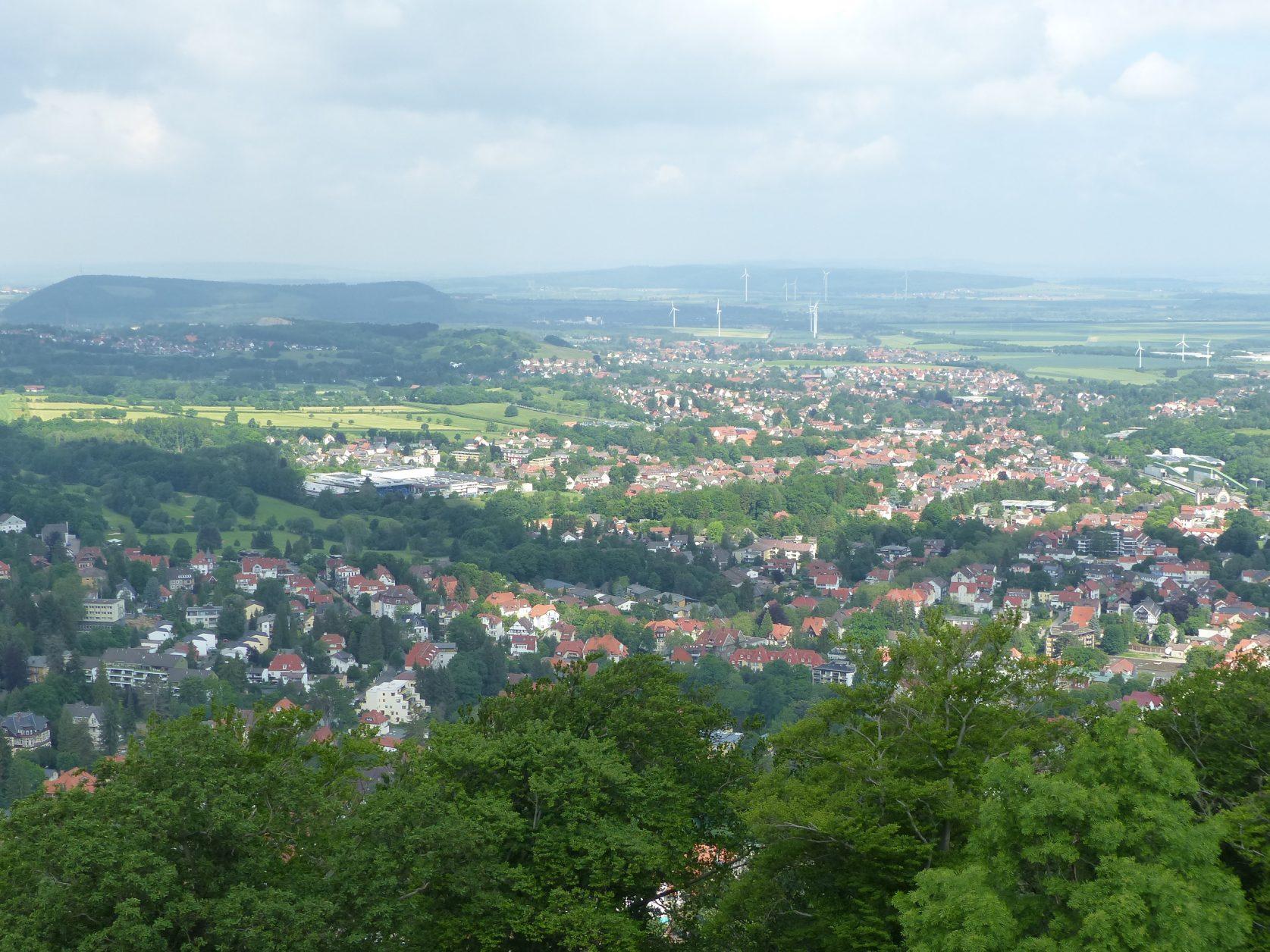 """Blick vom """"Aussichtsreich"""" auf Bad Harzburg, Foto: Weirauch"""