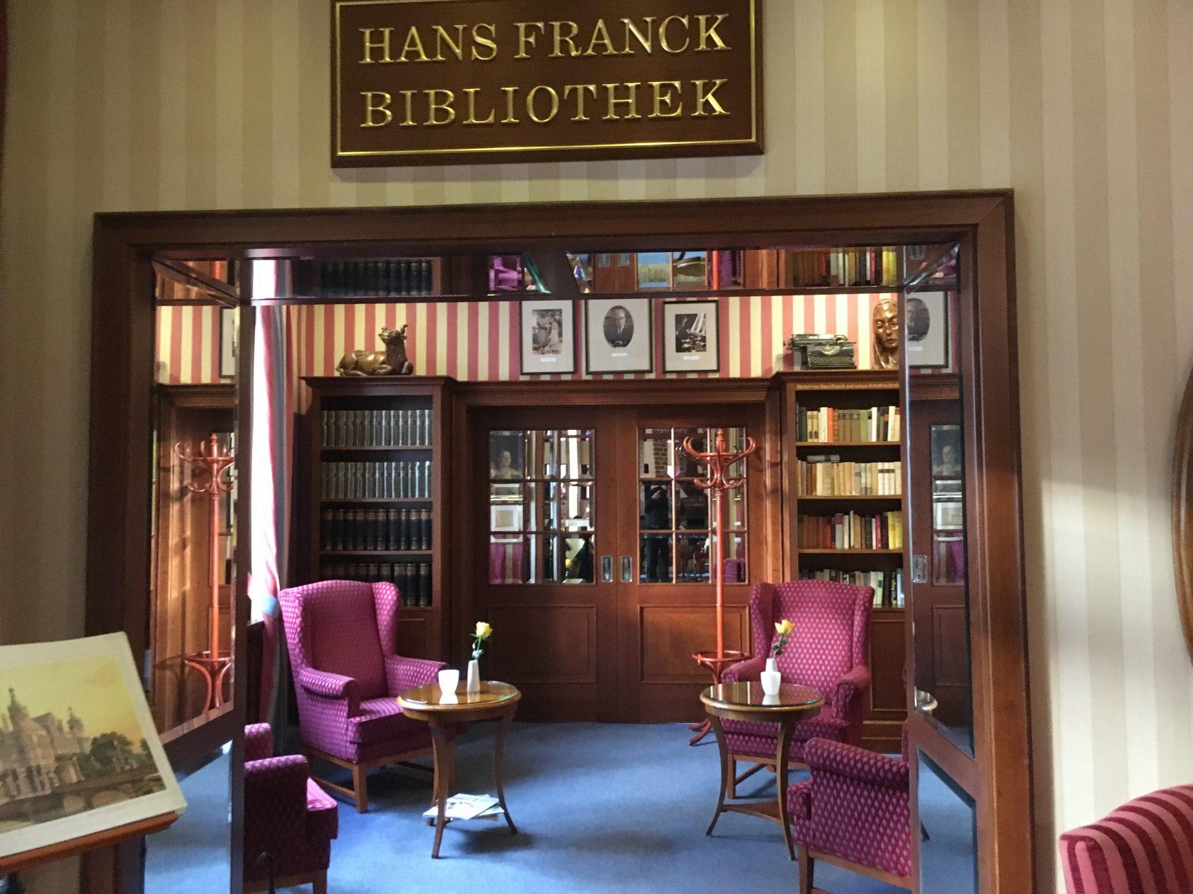 Blick in die Hans-Franck-Bibliothek, Foto: Weirauch
