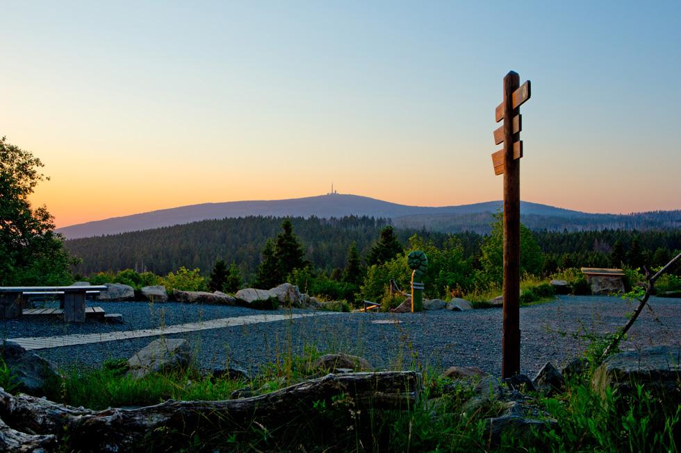 Blick vom Aussichtsreich auf den Brocken, Foto: Plumbohms