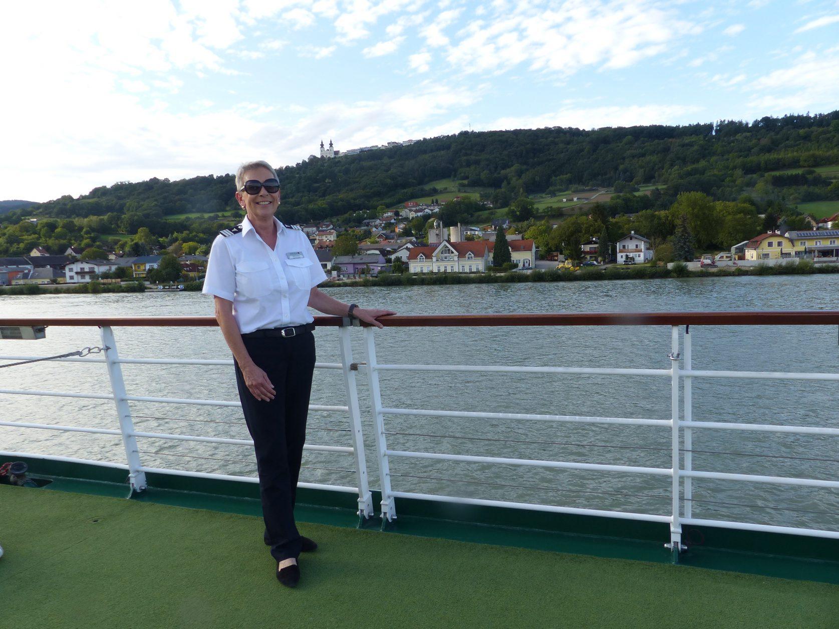 Findet für alle Probleme eine Lösung: Cruise Manageinr Sabine Hinz Foto: Weirauch