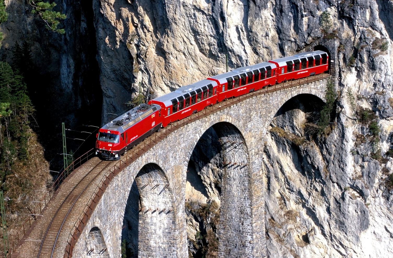 Rhaetische BahnBerninaExpress Foto: Rhaetische Bahn