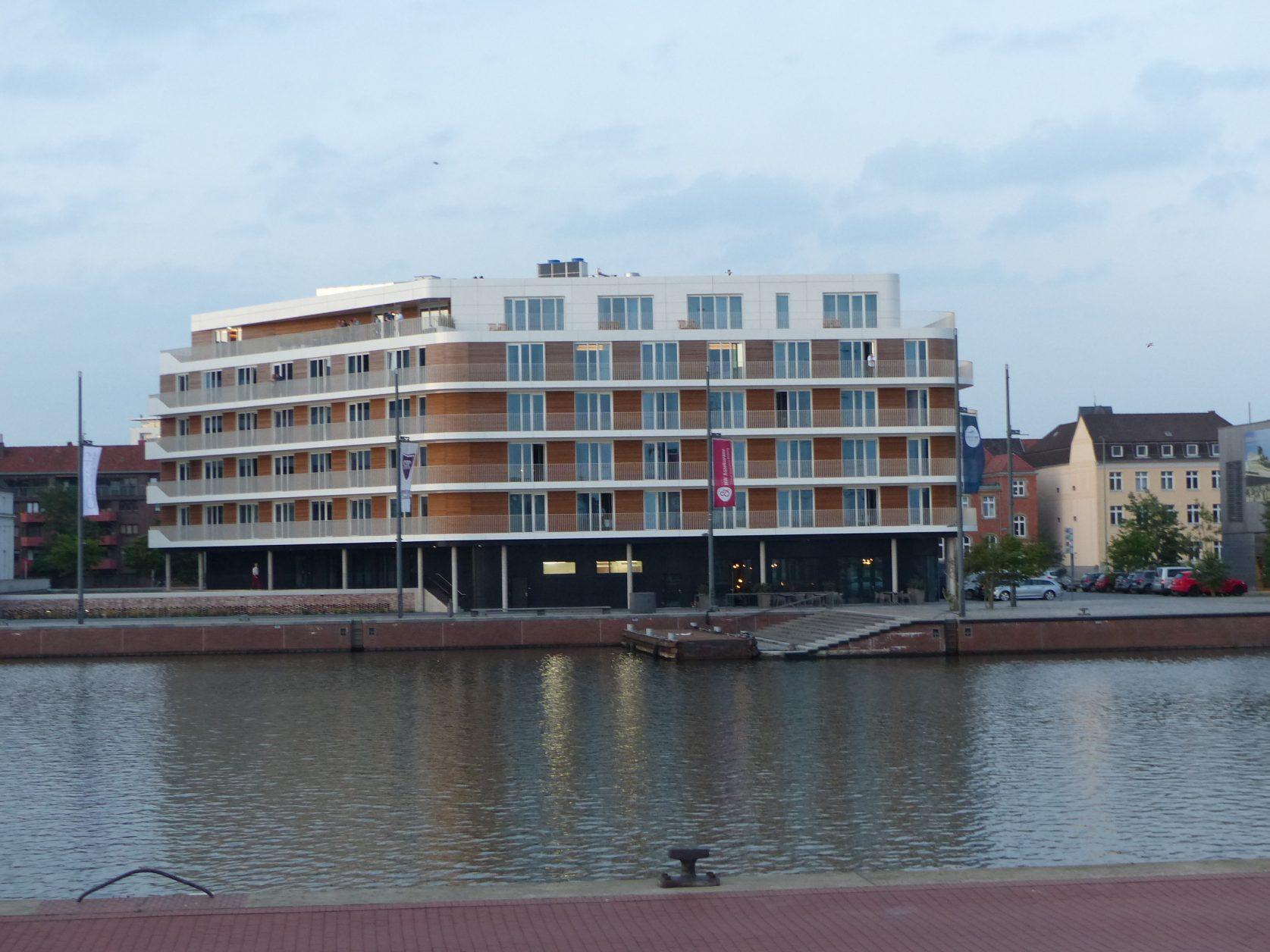 Das the liberty von der anderen Hafenseite aus gesehen. Foto: D.Weirauch