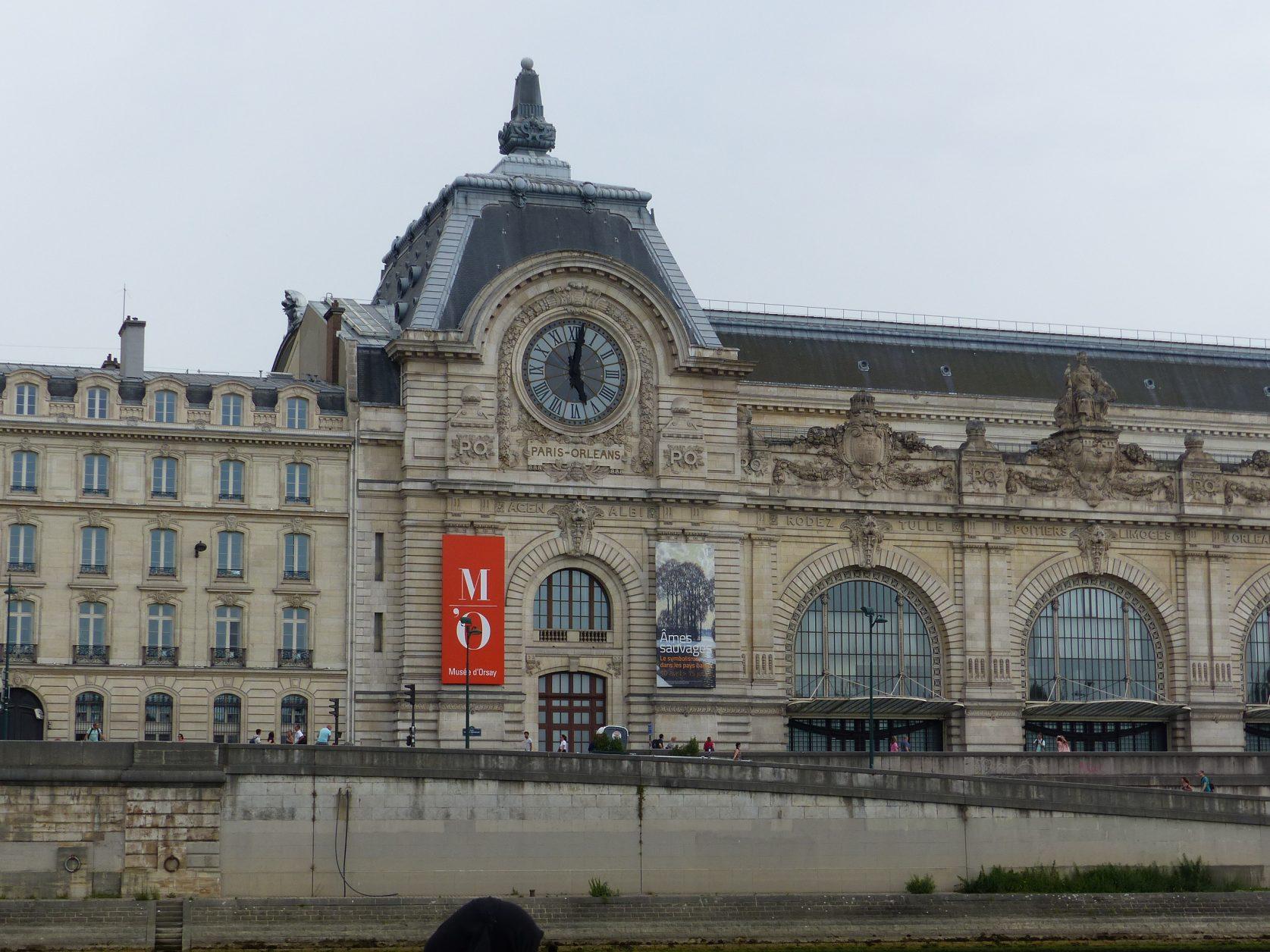 Seit 1986 ist das direkt an der Seine gelegene Musée d'Orsay eine der größten Attraktionen von Paris