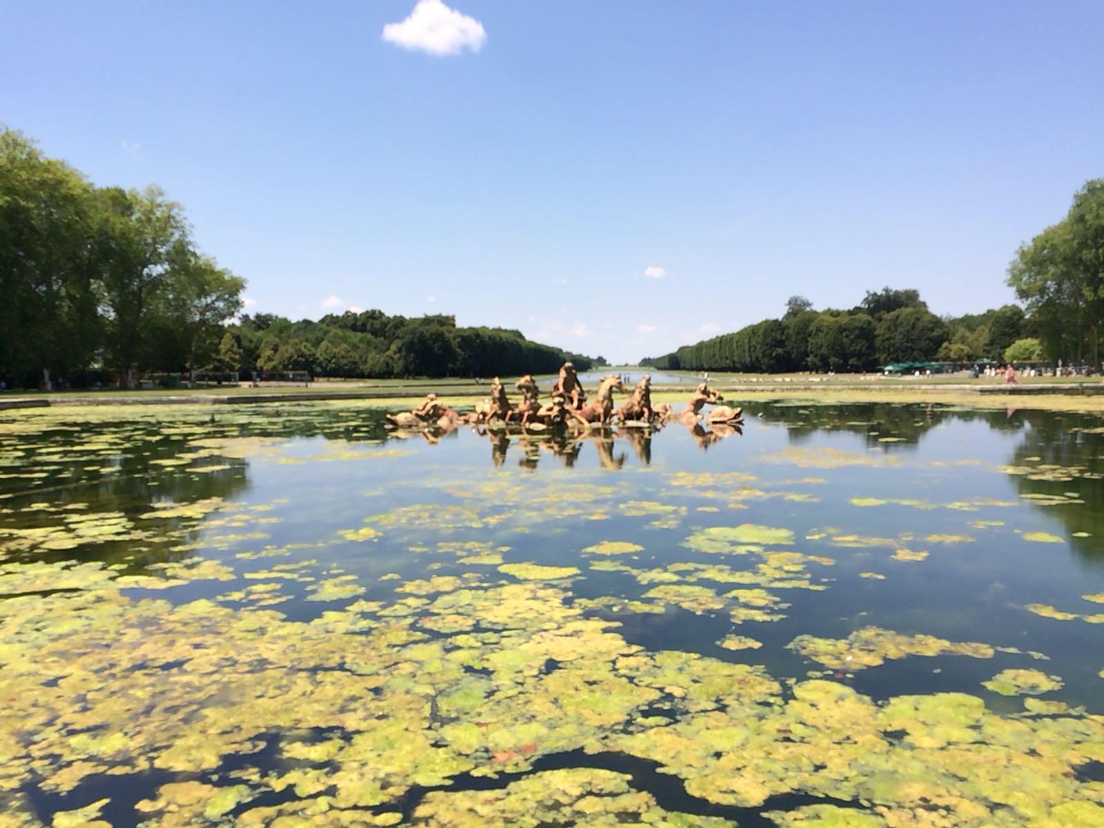 Bassins, Kaskaden, Zierbrunnen, Wasserspiele und Fontänen im Park von Versailles. Foto: Christian Baumann