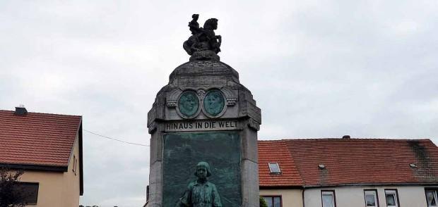 Lutherdenkmal in Mansfeld, Foto Dieter Weirauch