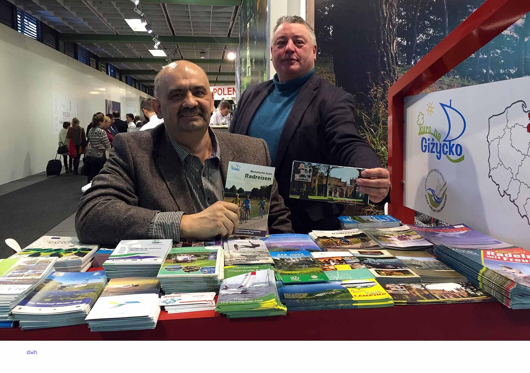 Dr. Robert Kempa und Uwe Döcke präsentieren Radwandern, Hausboote und das Hotel Karnity in Gizyckoi (Lötzen)