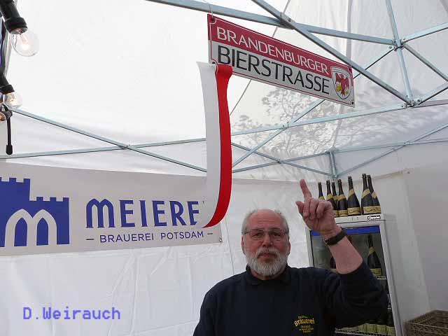 Braumeister Jürgen Solkowski von der Meierei Potsdam