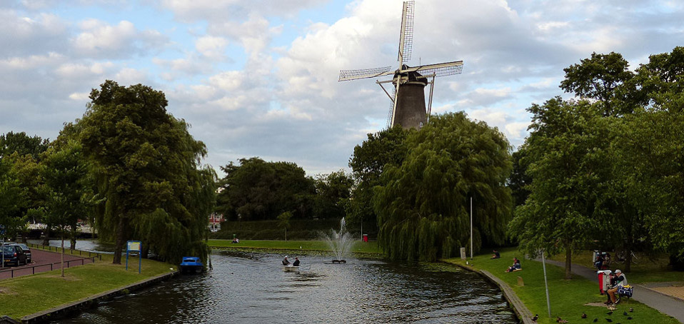 Typisch Holland: Windmühle in Leiden