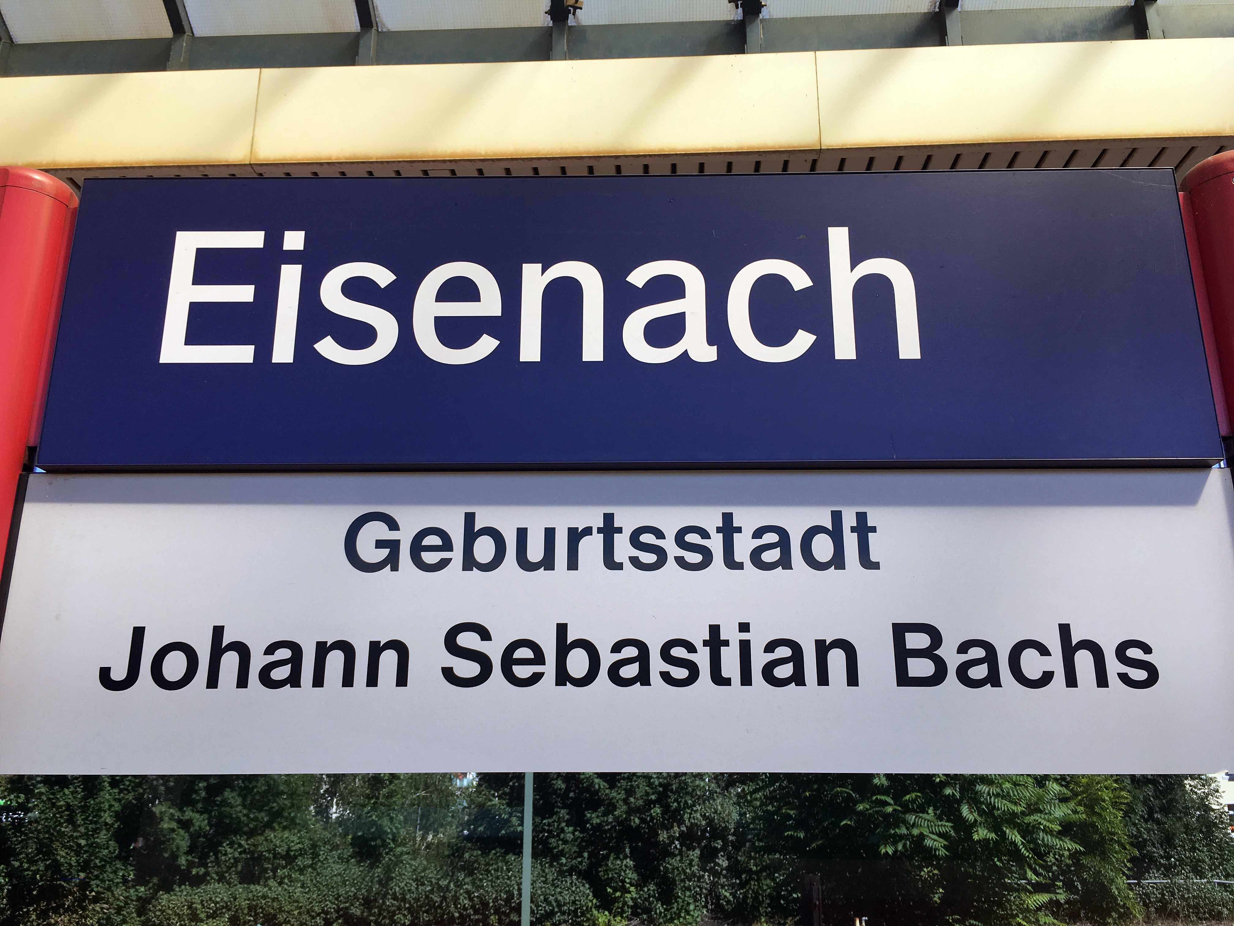 Begrüßung auf dem Bahnhof in Eisenach, Foto: D.Weirauch