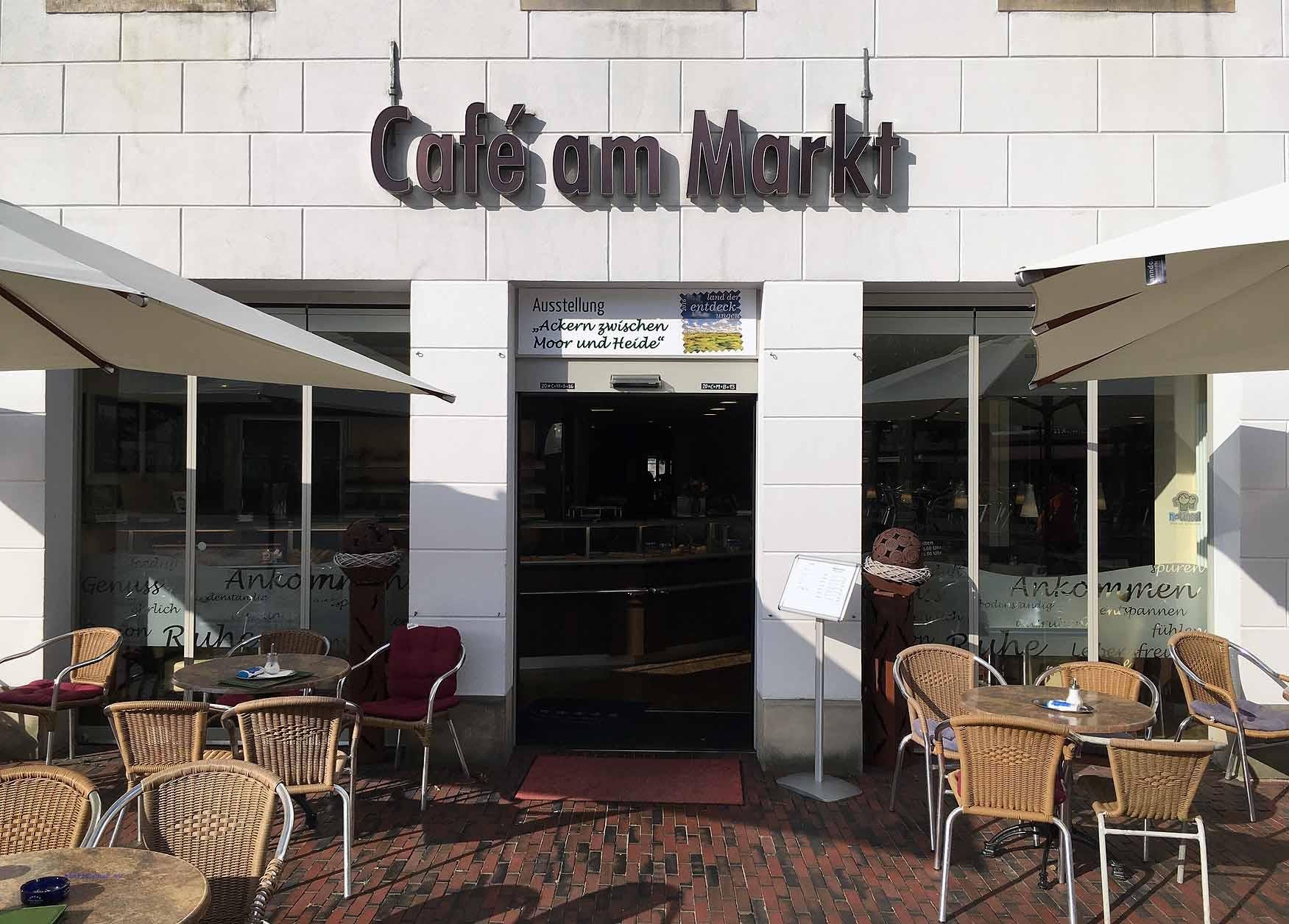 """Im """"Cafe am Markt"""" wird an Theo Lingen erinnert"""