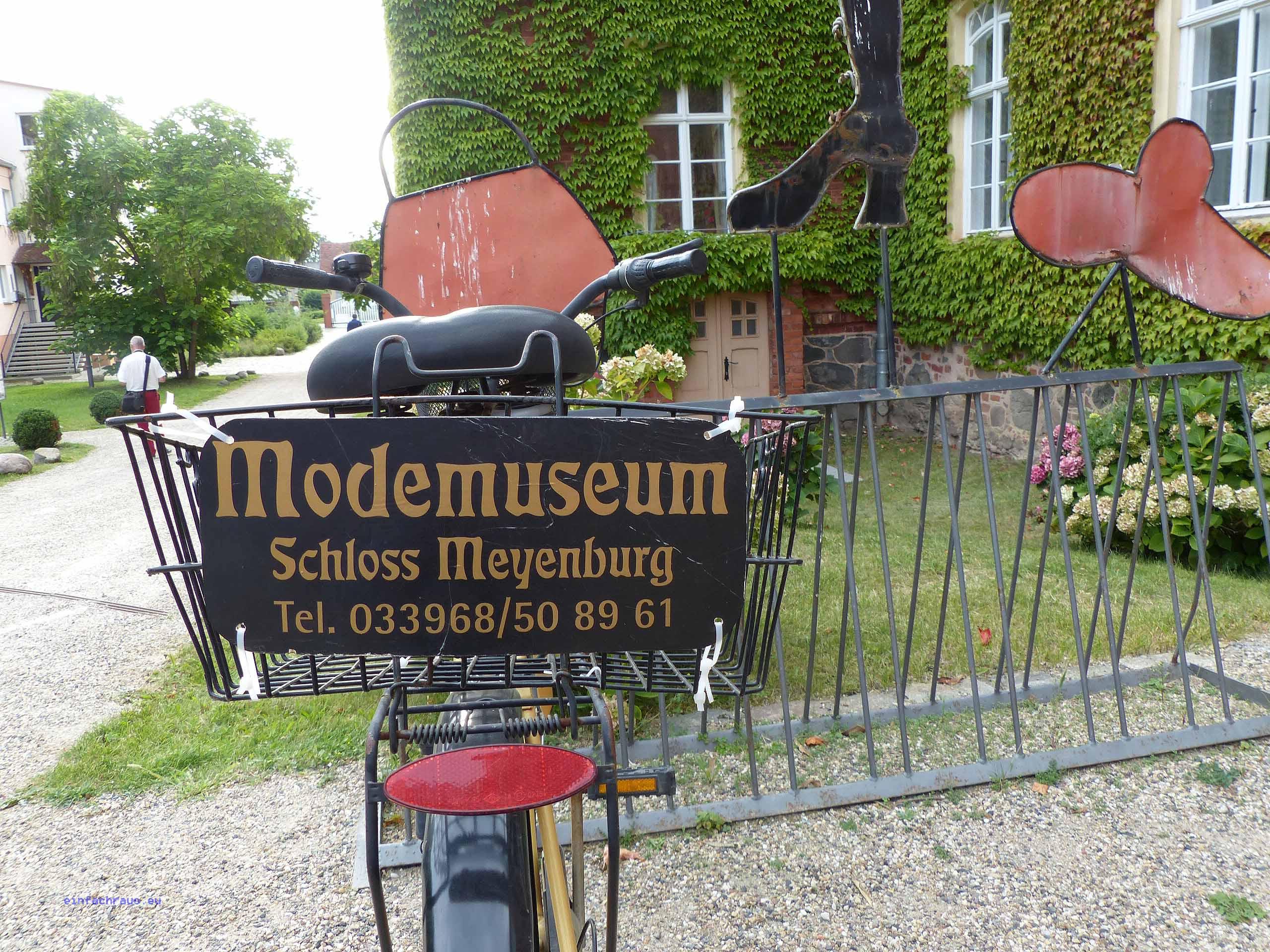 Modemuseum Meyenburg Foto: Weirauch