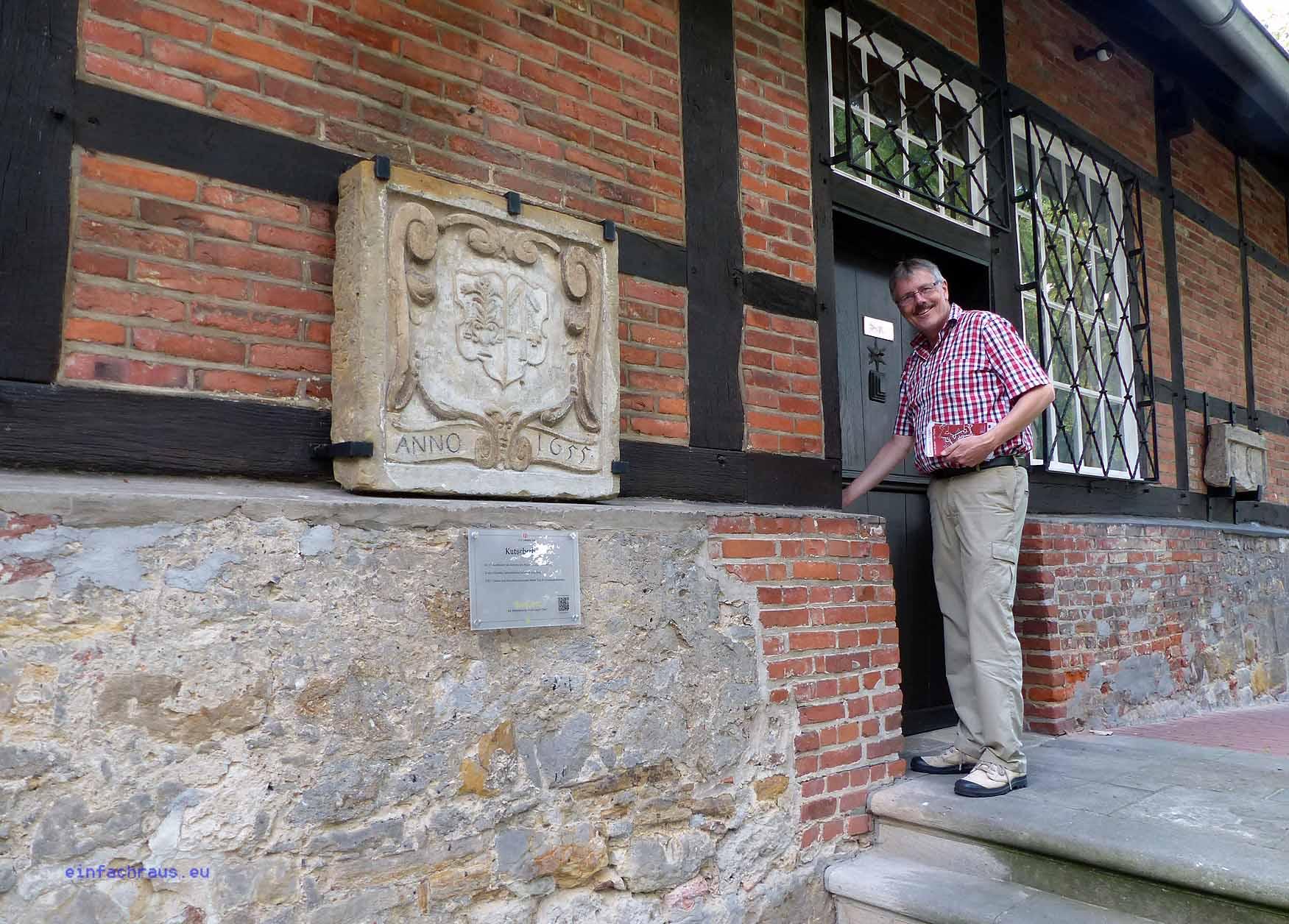 Museumsleiter Dr. Andreas Eiynck führt durch die Ausstellungen sowie in das benachbarte Kutscherhaus;