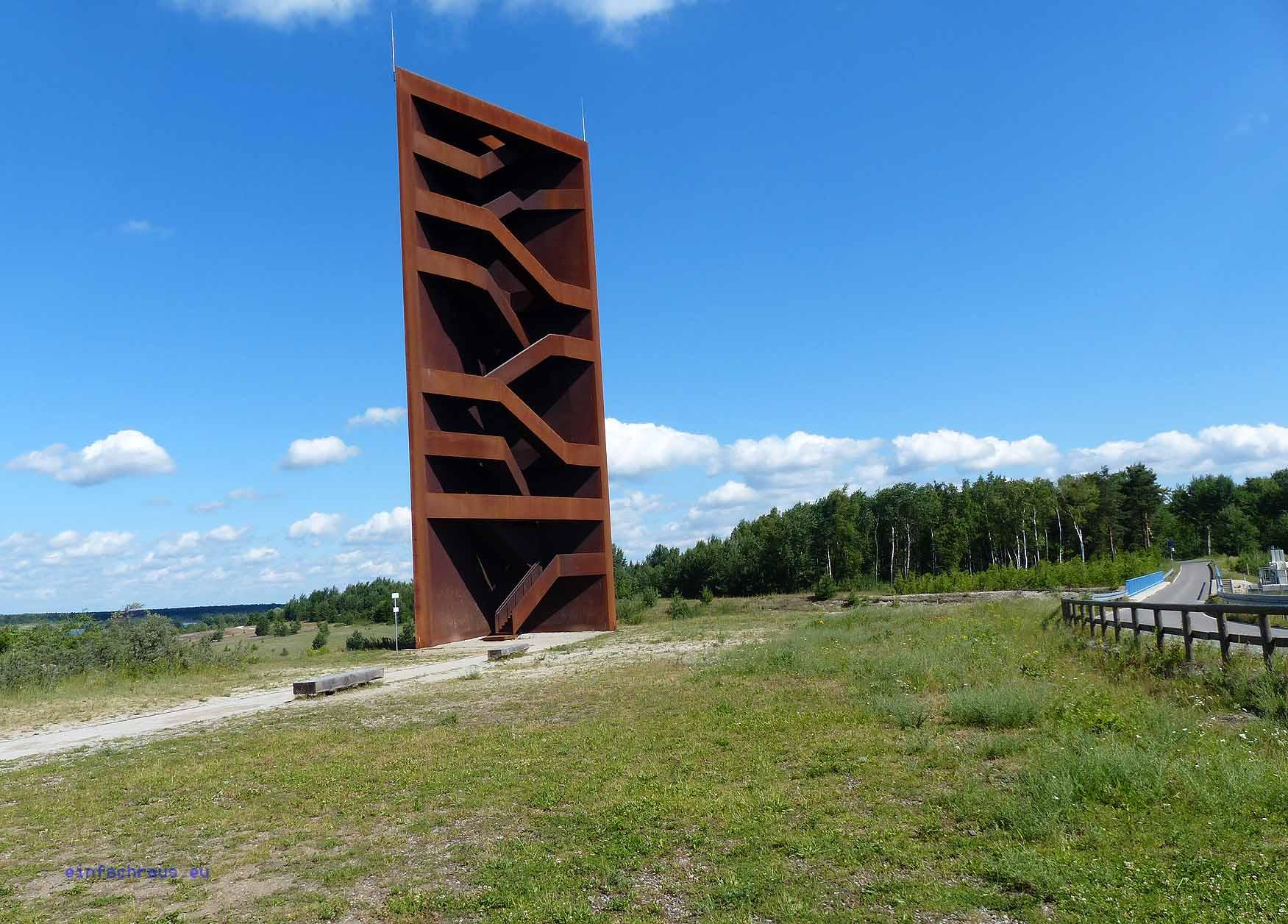 """""""Eiserner Nagel"""" als Landmarke am Senftenberger See Foto: Weirauch"""