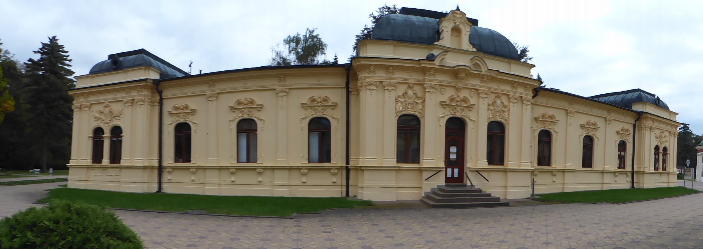 Schmuckes Kurgebäude in Franzensbad, Foto: D.Weirauch