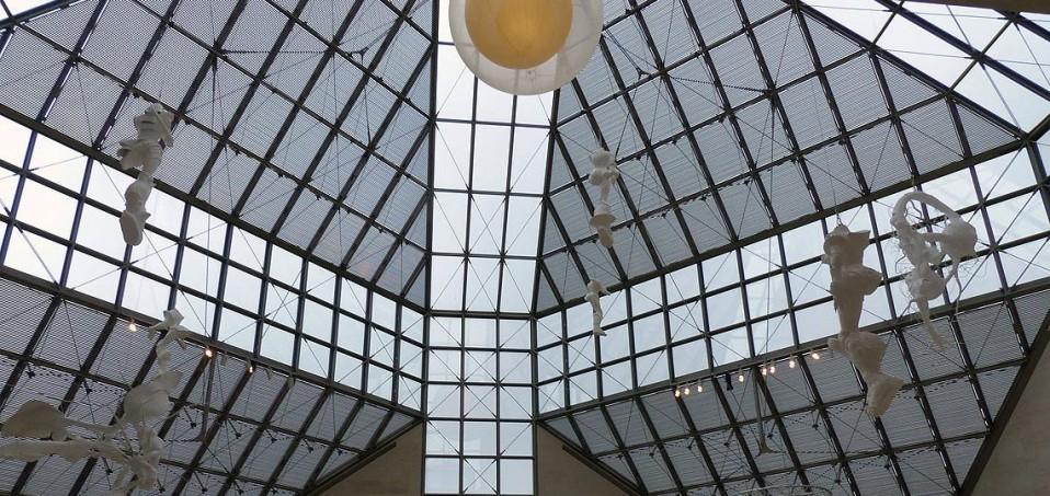 Kirchberg Luxemburg, MUDAM, Museum Blick in das Museum für Moderne Kunst (MUDAM). Architekt des Musée d'art moderne Grand-Duc Jean ist Starchitekt Ieoh Ming Pei © - / D.Weirauch