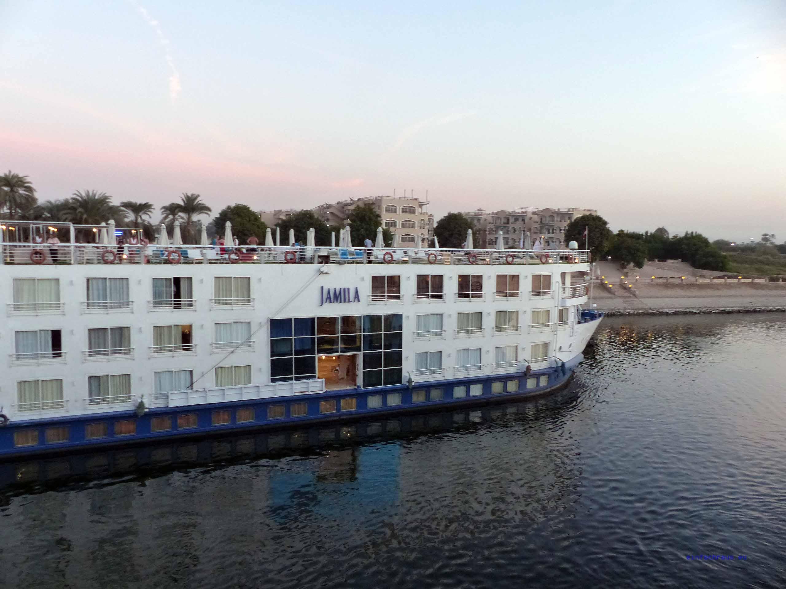 """Volle Fahrt voraus: Die """"Jamila"""" legt in Luxor an, Foto: Weirauch"""