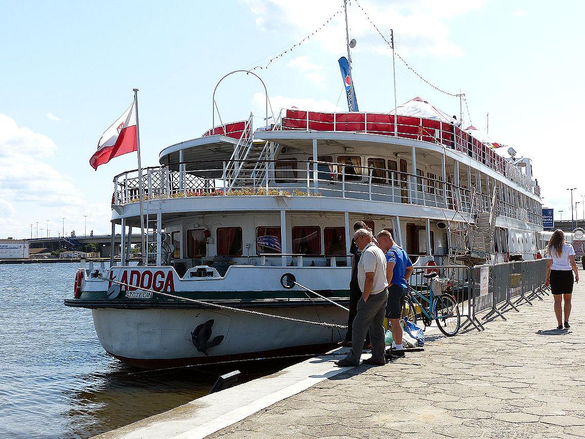 Vom Stettiner Hafen aus kann man u.a. über das Stettiner Haff fahren. Foto: D.Weirauch