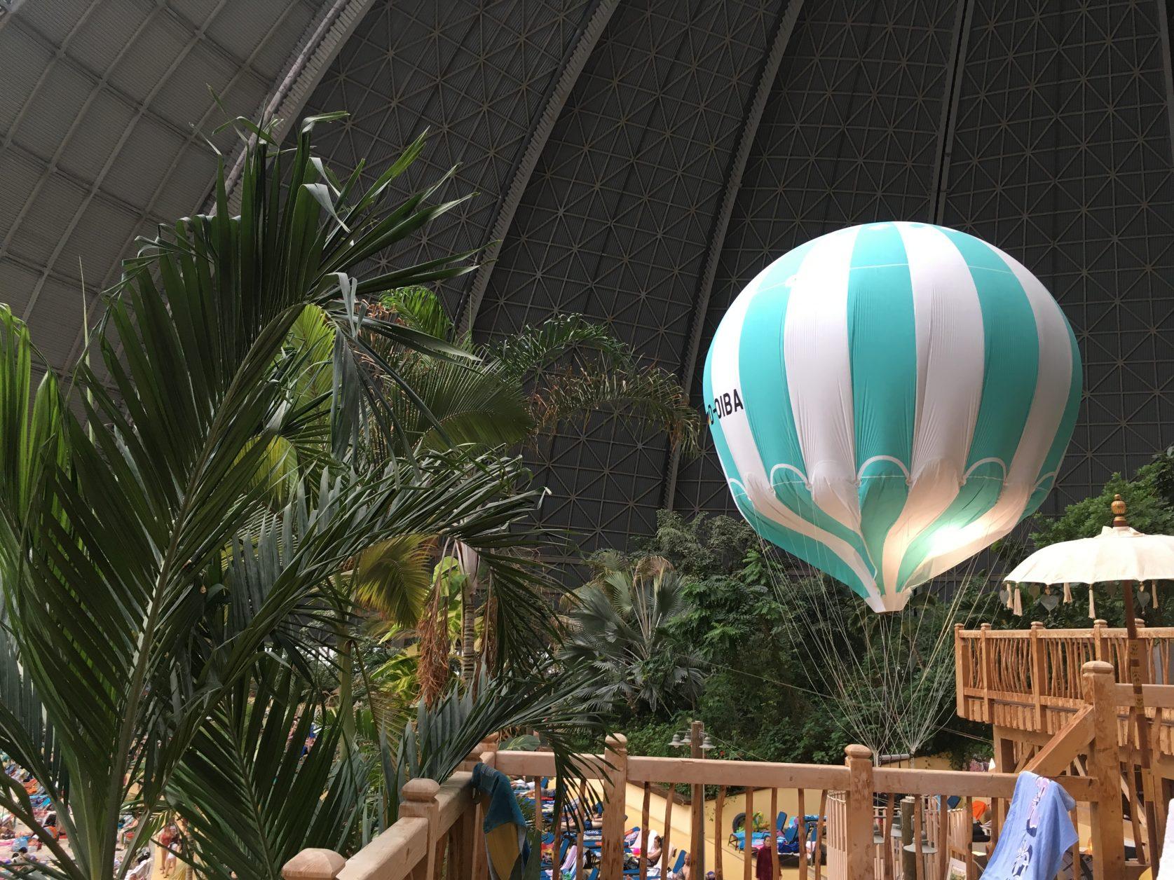 Mit dem Ballon geht es über 100 Meter hoch, Foto: D. Weirauch