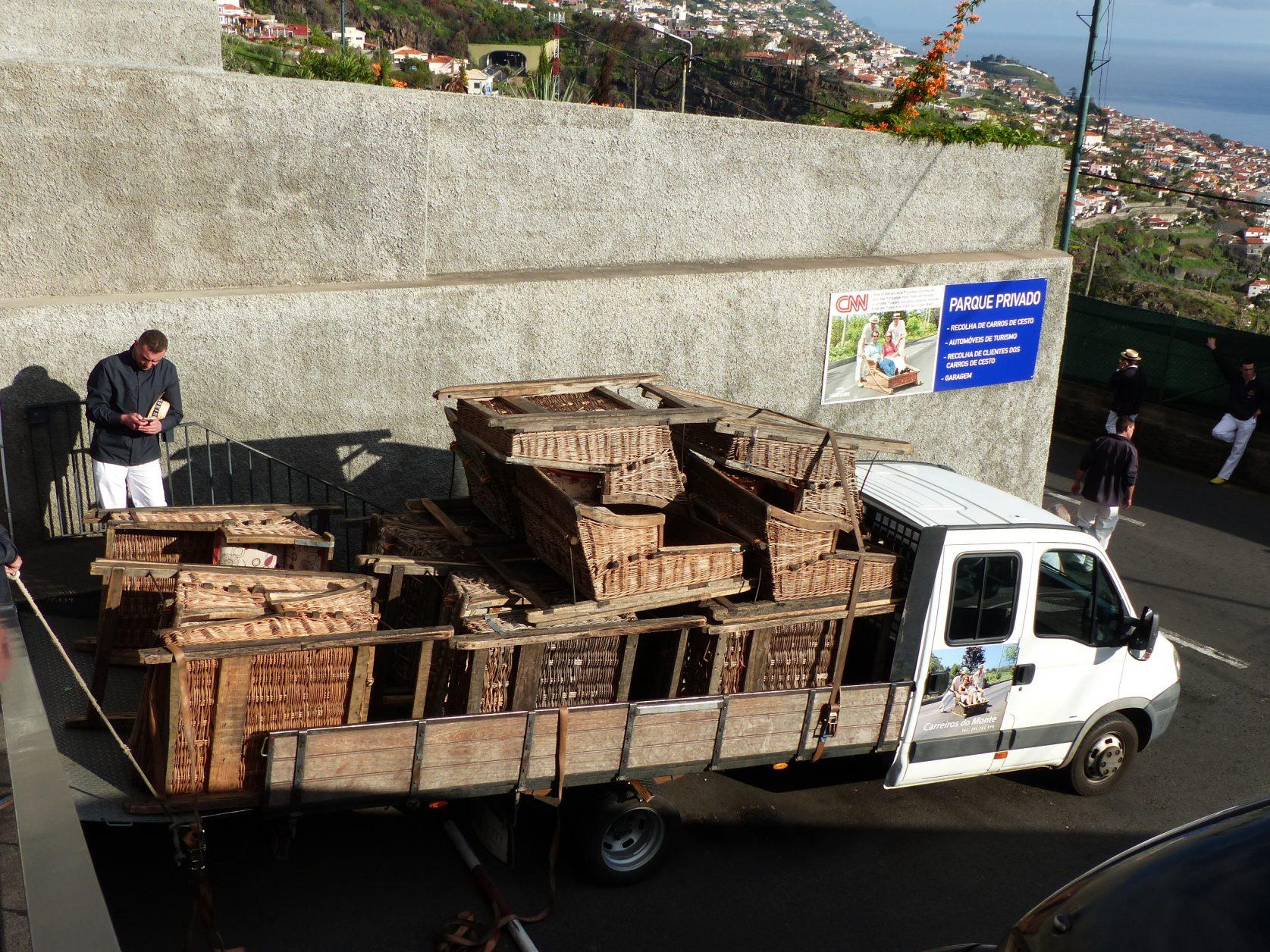 Heute wartet an der Endstation ein LKW, der die Schlitten wieder zum Startpunkt zurück bringt. Foto: D. Weirauch
