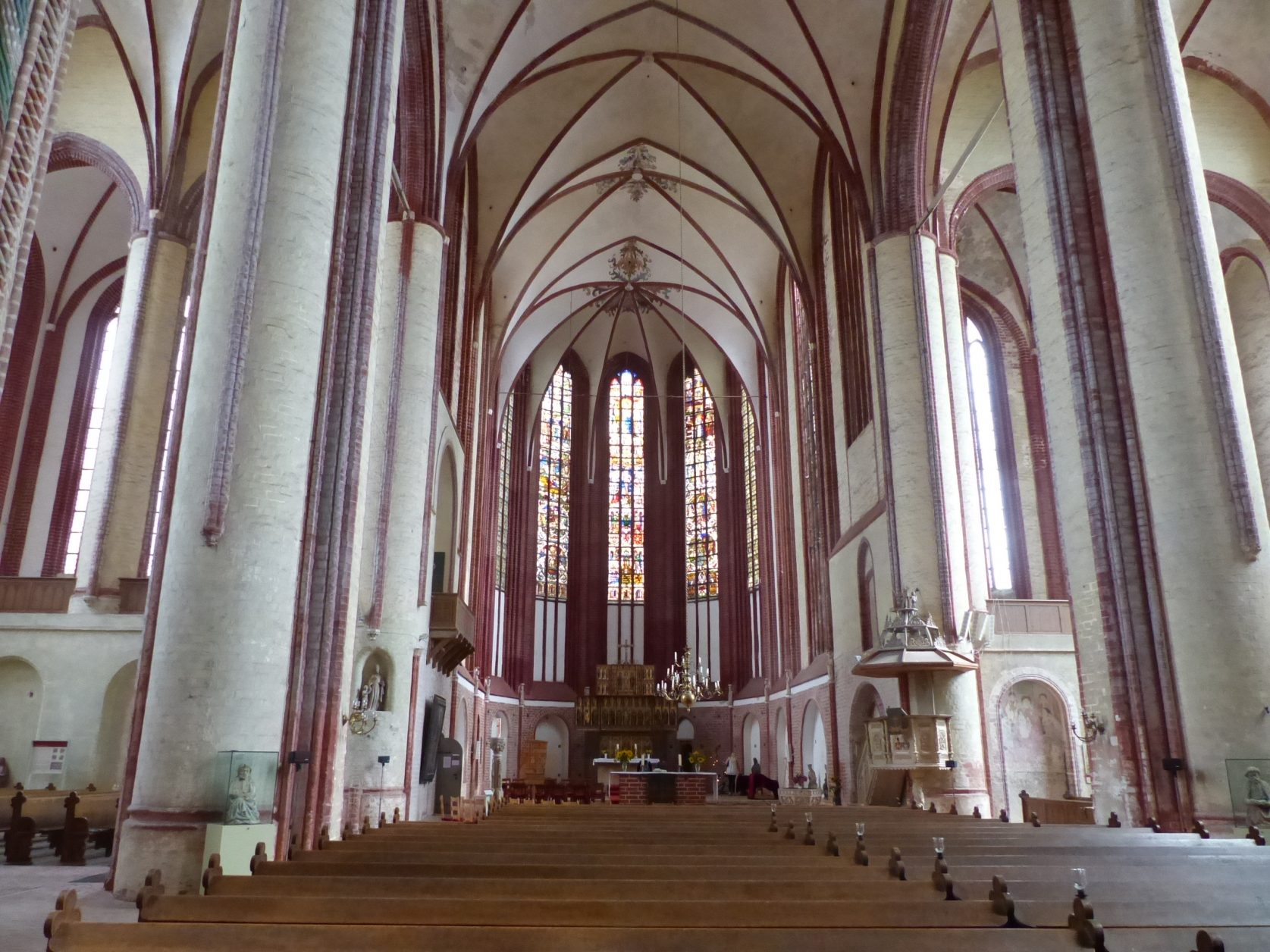 Blick in die Wunderblutkirche von Bad Wilsnack, Foto: D. Weirauch