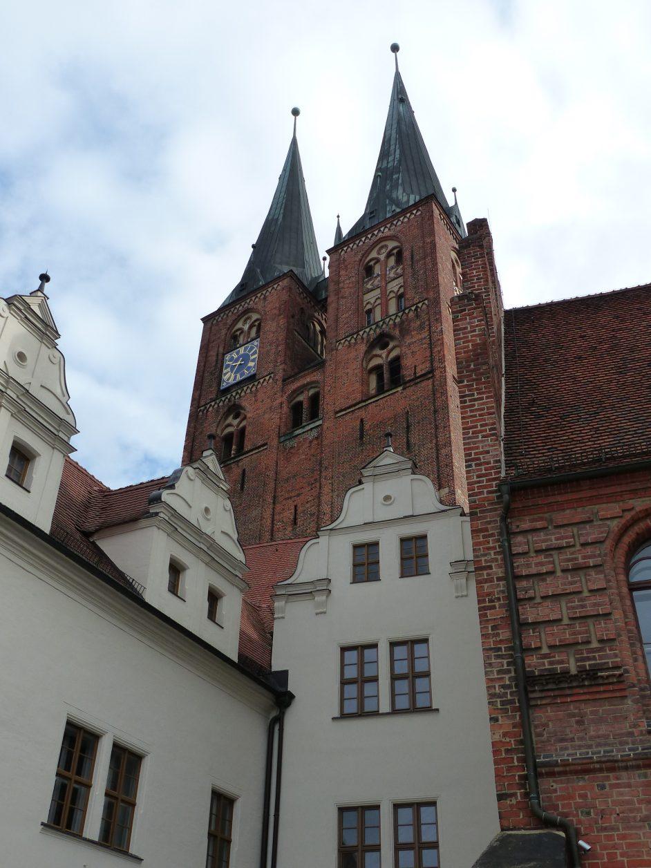 Hier das Rathaus mit der Marienkirche, Foto: D. Weirauch