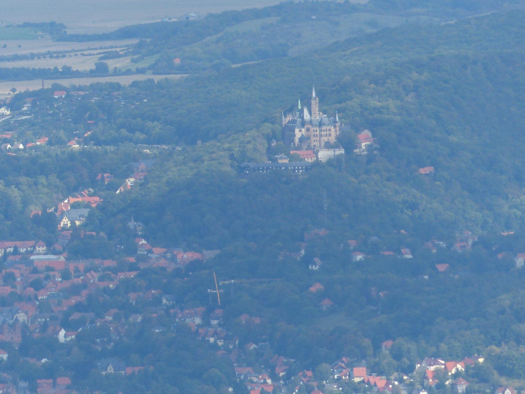 Blick vom Brocken auf Wernigerode, Foto: D.Weirauchp
