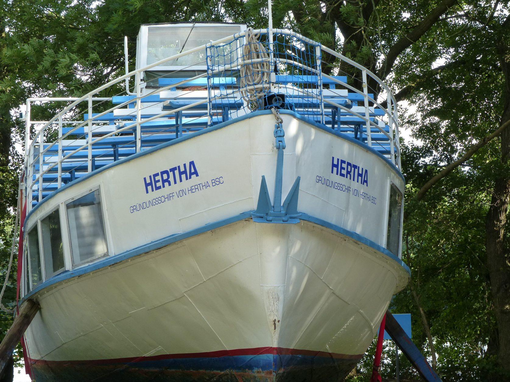 Hertha (276)