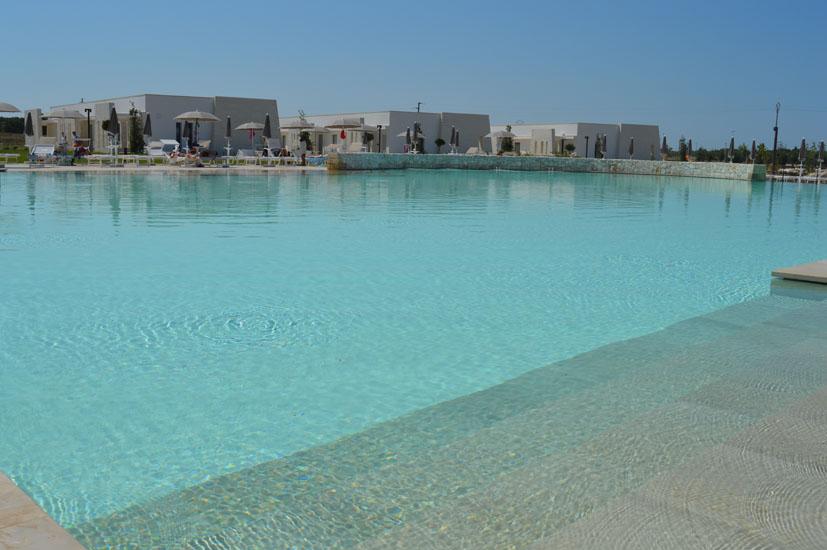 """Blickauf den Pool des Relais """"Masseria Le Cesine"""" , Foto: CDS Hotels"""