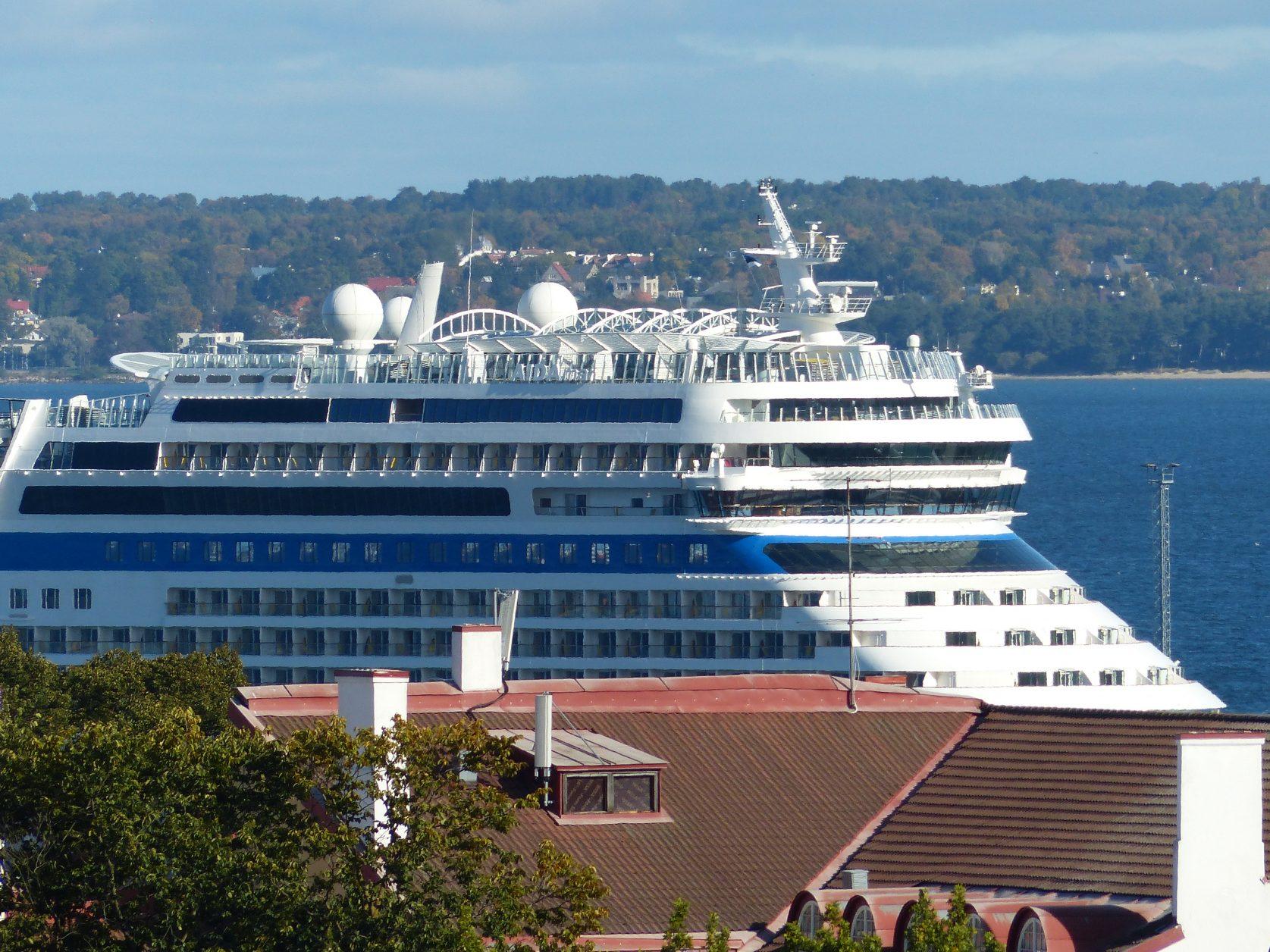 AIDA im Hafen von Tallinn