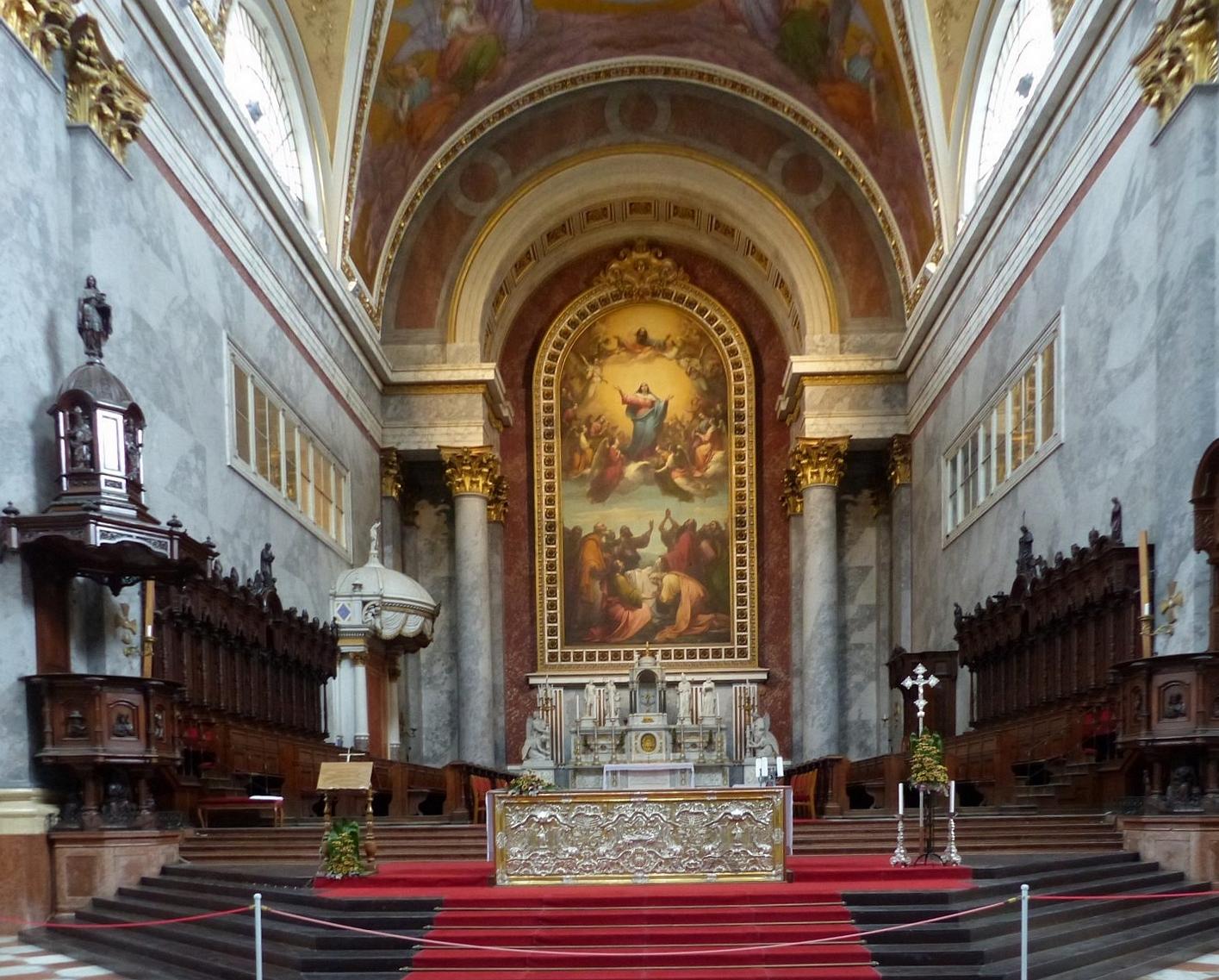 Die Basilika von Esztergom gilt als die Hauptkirche der katholischen Christen Ungarns.