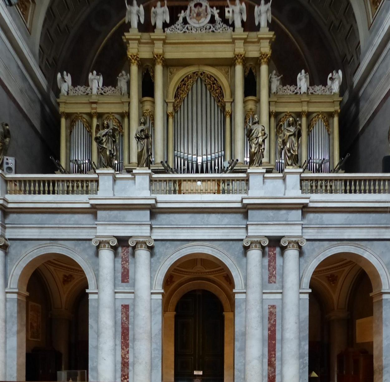 Einen prachtvollen Klang hat die Orgel, geschaffen vom Salzburger Meister Ludwig Moser