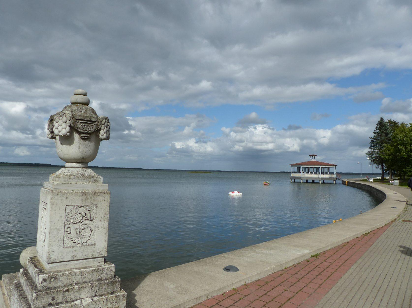 Zu den Sehenswürdigkeiten in Haapsalu gehört die Pomenade. Foto: D.Weirauch