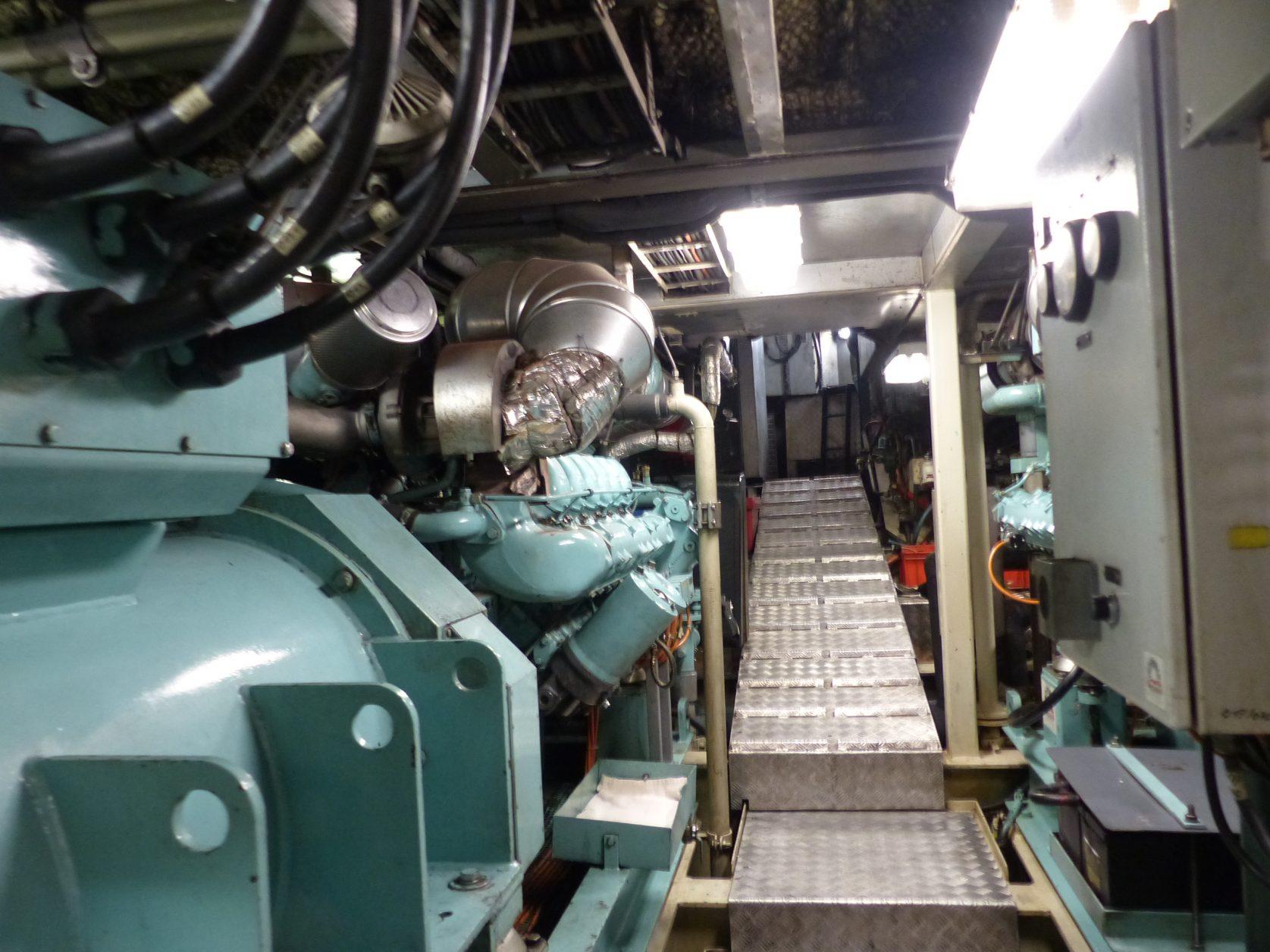 Blick in den Maschinenraum der Arosa bella