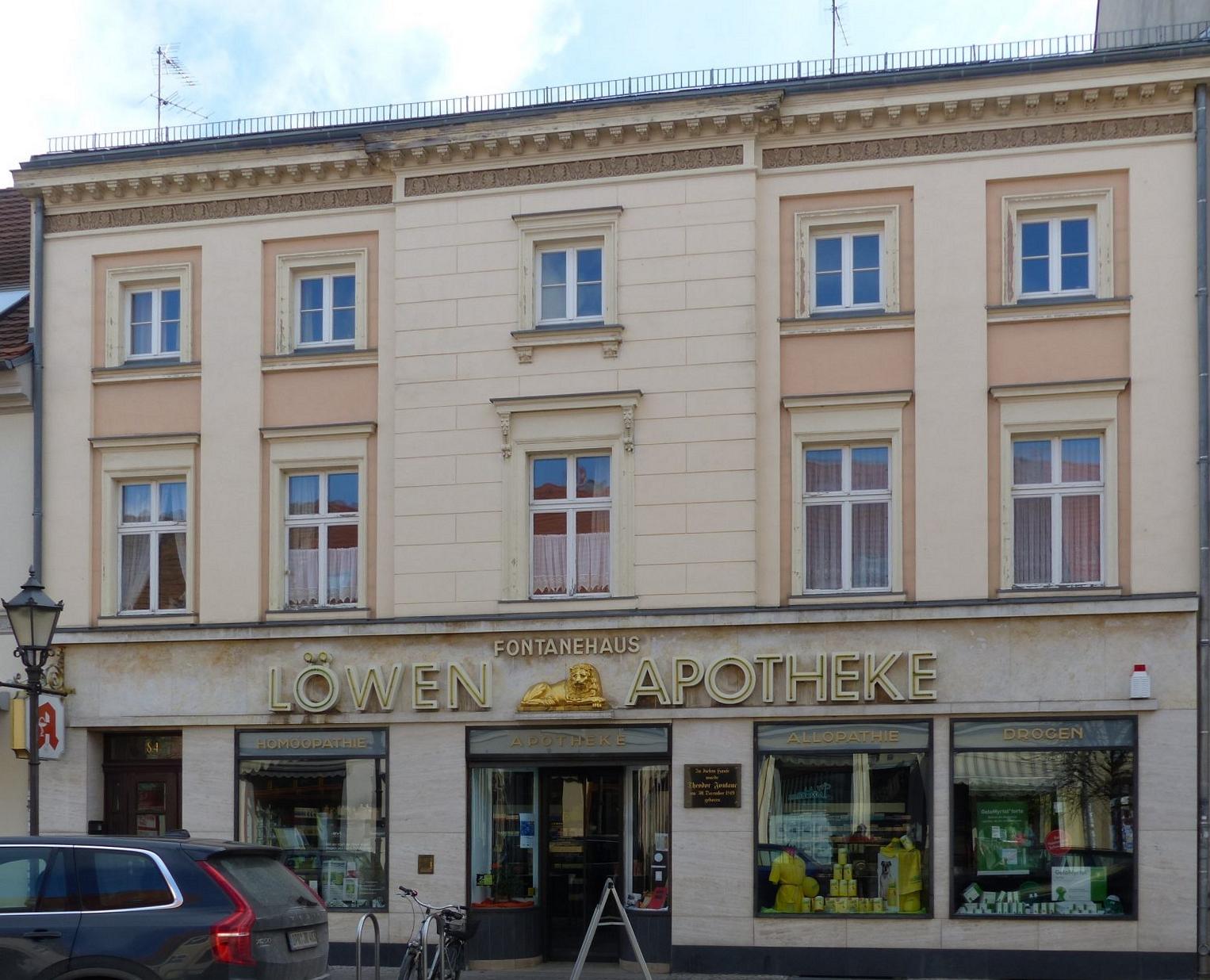In der heutigen Karl-Marx-Straße 84 wurde Fontane geboren Foto: Weirauch