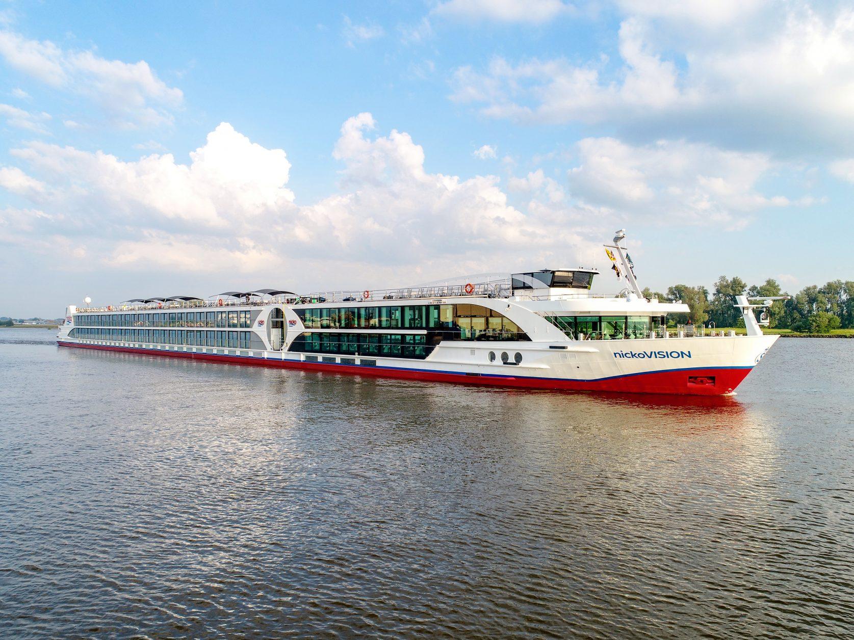 """Die """"nickoVision"""" fährt auf der Donau. Foto: nicko cruises"""