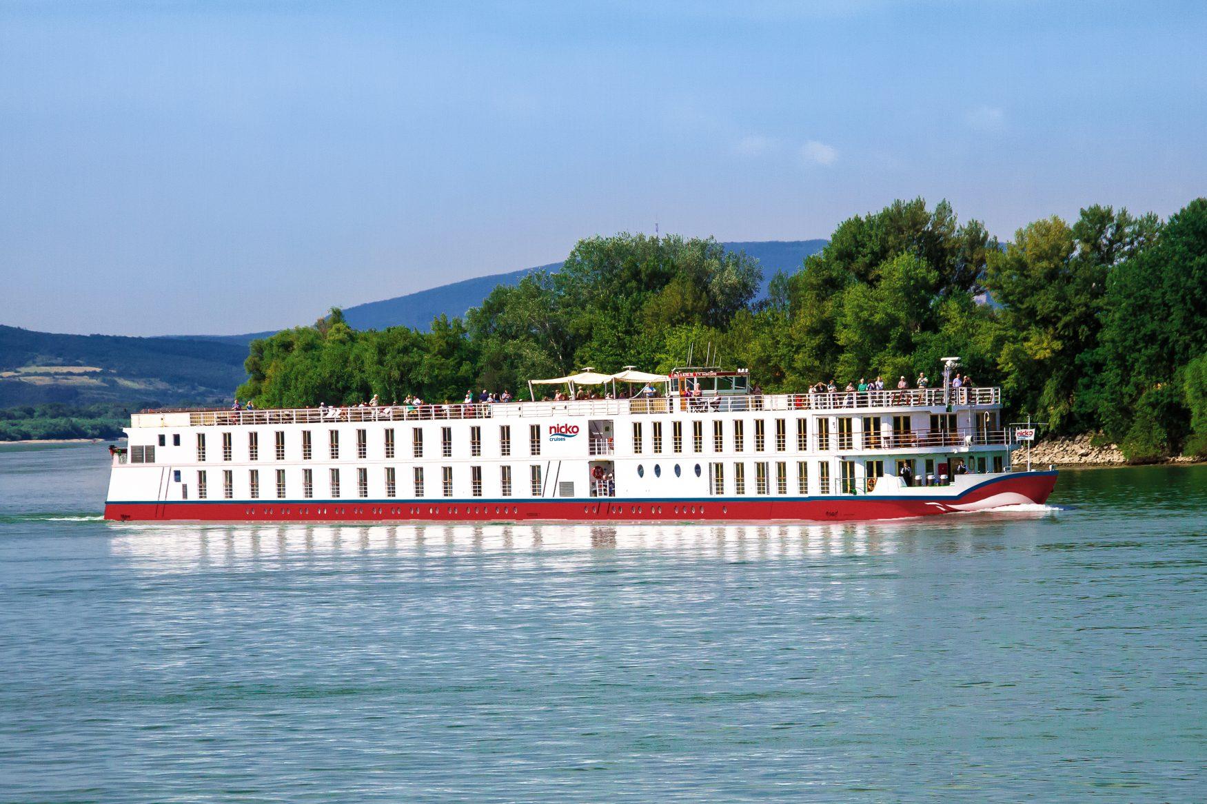 MS HEIDELBERG 2018 auf dem Rhein Foto: nicko cruises