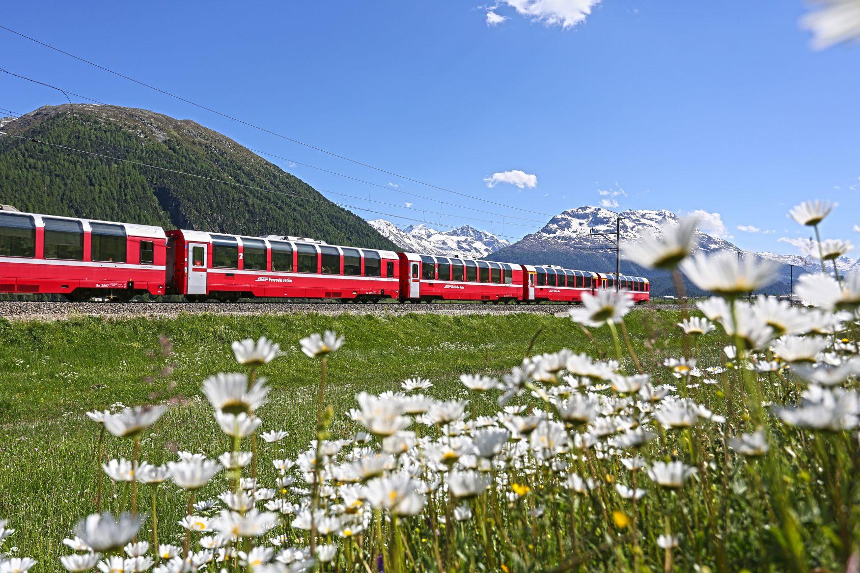 Kräuterexpresse, Foto: Bernina Kräuter Express/Rhätische Bahn