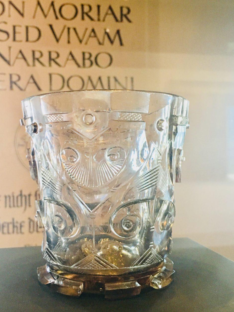 """Aus dem Coburger """"Hedwigsglas"""" soll Martin Luther getrunken haben. Foto. Weirauch"""
