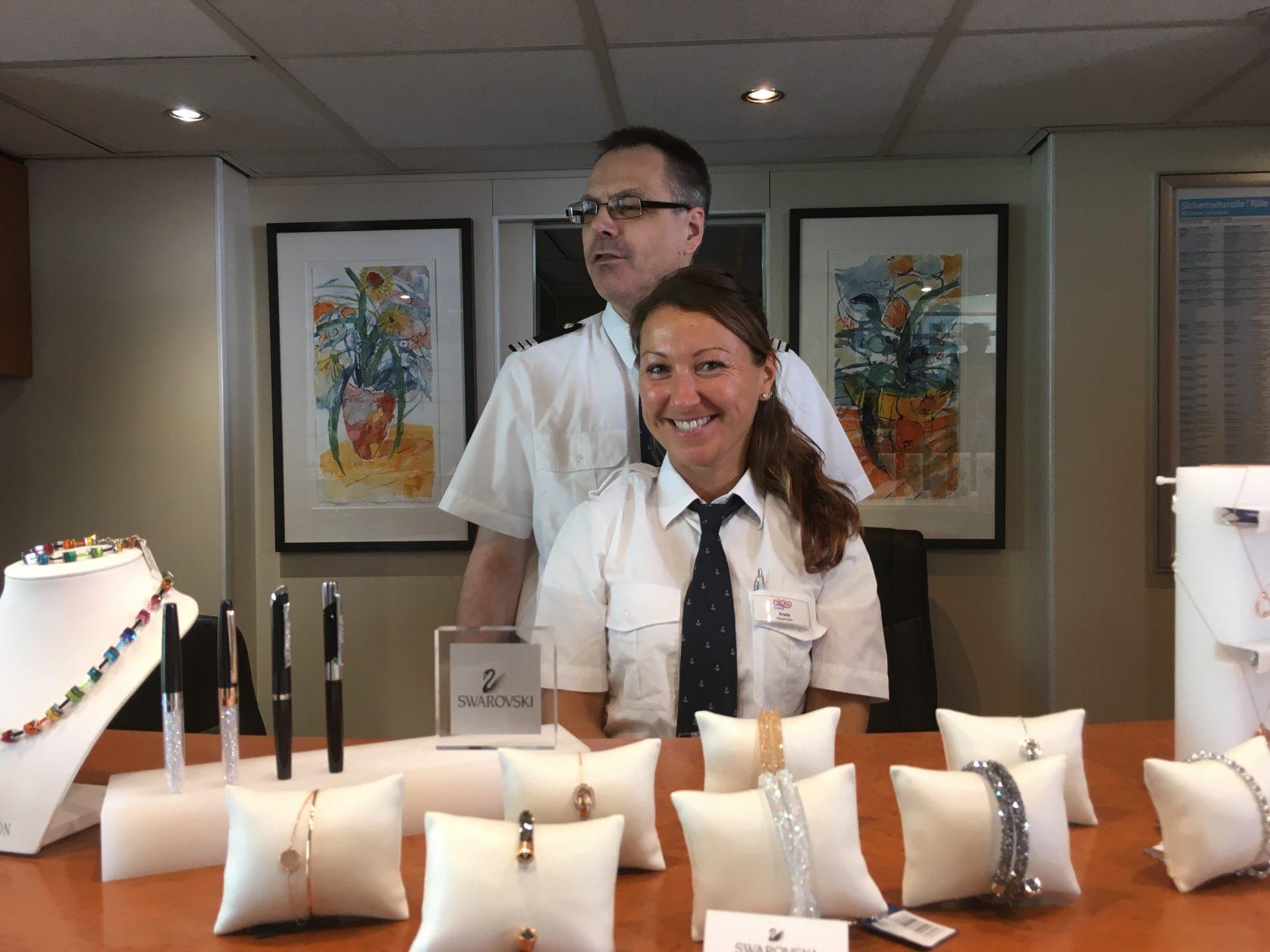 Aneta und Ralf vom Front office auf der Seine Comtesse Foto: Weirauch