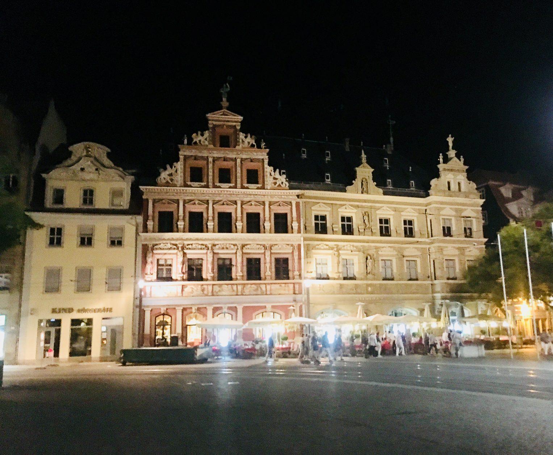 Das Haus zum Breiten Herd am Nordrand Fischmarkt 13 zählt zu den prachtvollsten Renaissancebauten von Erfurt, Foto: Weirauch